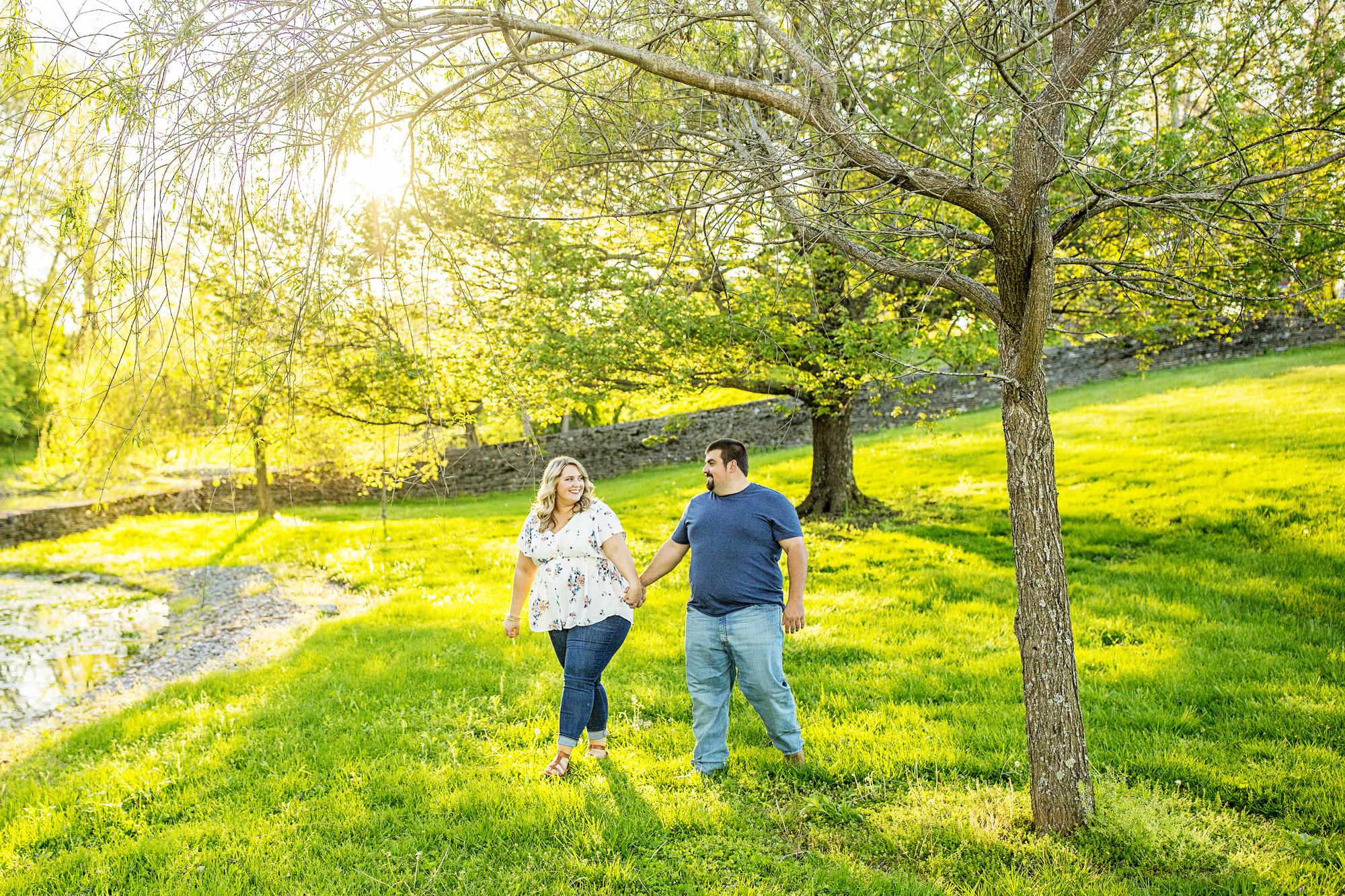 Seriously_Sabrina_Photography_Lexington_Kentucky_Sunset_Farm_Engagement_Cody_Sara_12.jpg