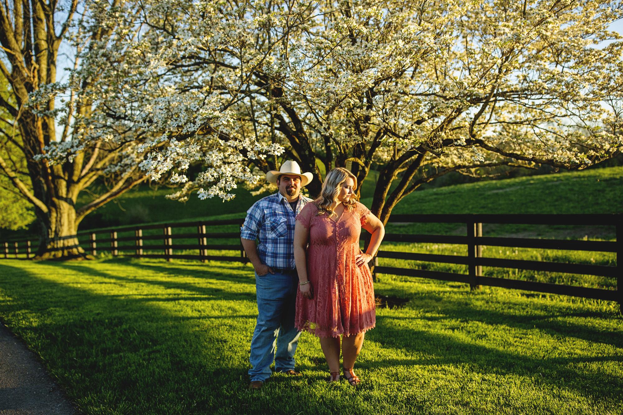 Seriously_Sabrina_Photography_Lexington_Kentucky_Sunset_Farm_Engagement_Cody_Sara_15.jpg