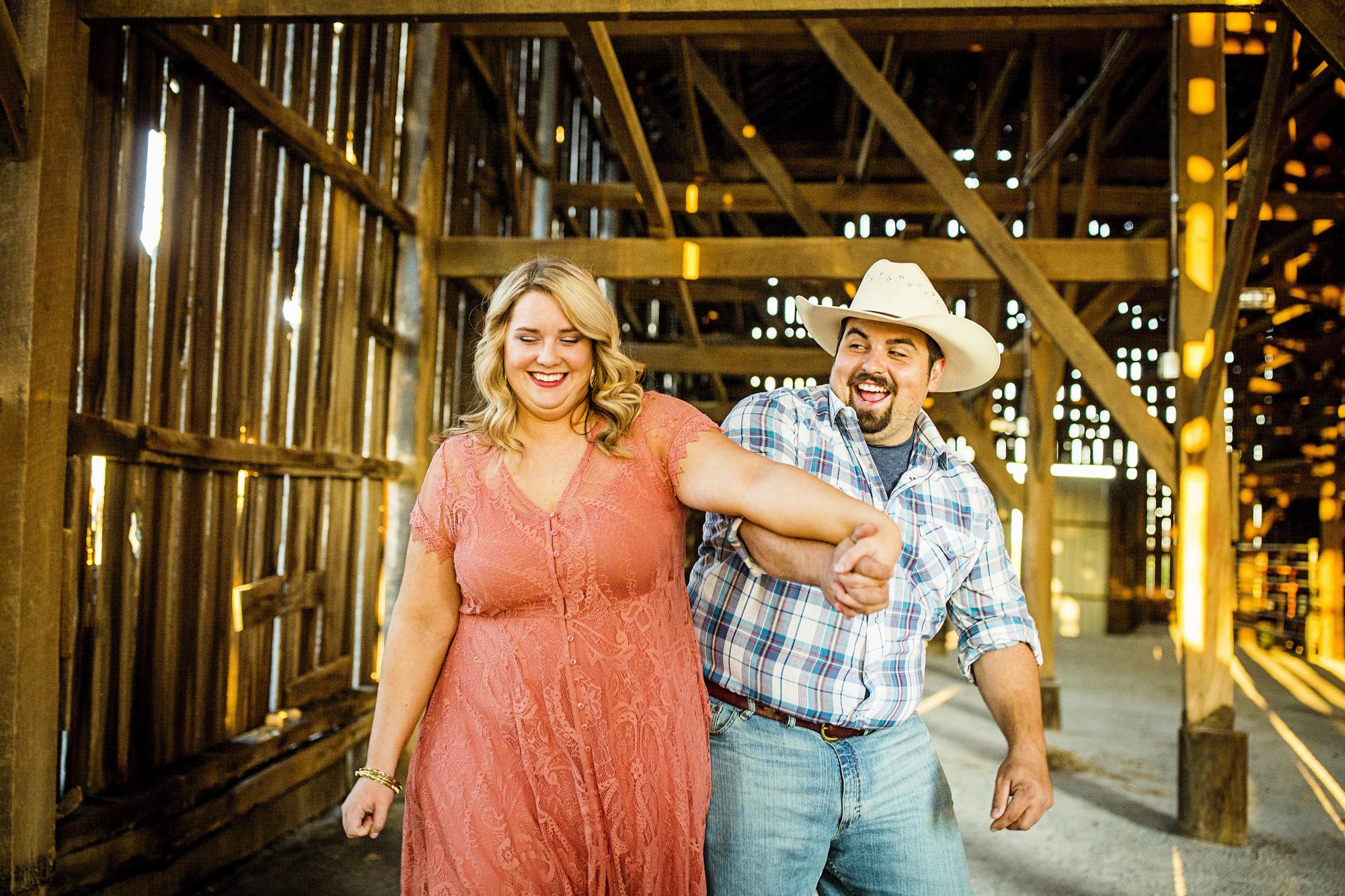 Seriously_Sabrina_Photography_Lexington_Kentucky_Sunset_Farm_Engagement_Cody_Sara_19.jpg