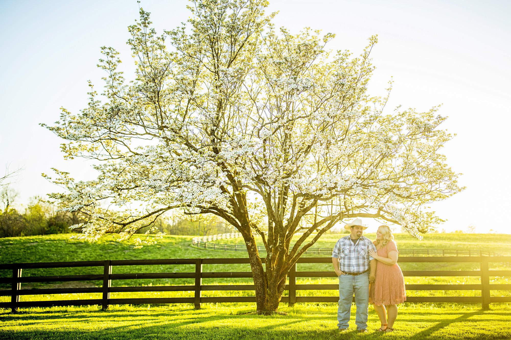 Seriously_Sabrina_Photography_Lexington_Kentucky_Sunset_Farm_Engagement_Cody_Sara_21.jpg
