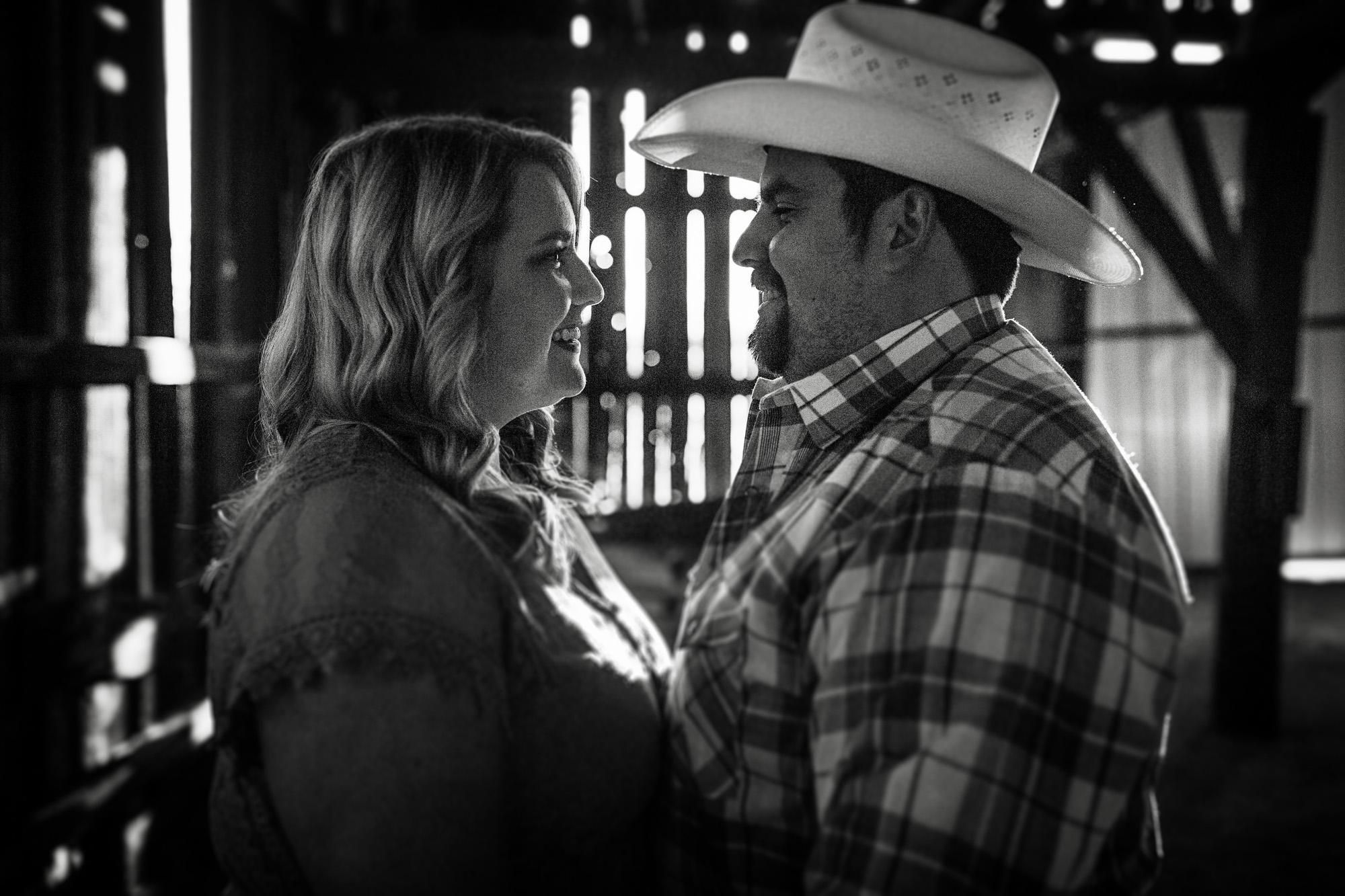 Seriously_Sabrina_Photography_Lexington_Kentucky_Sunset_Farm_Engagement_Cody_Sara_33.jpg