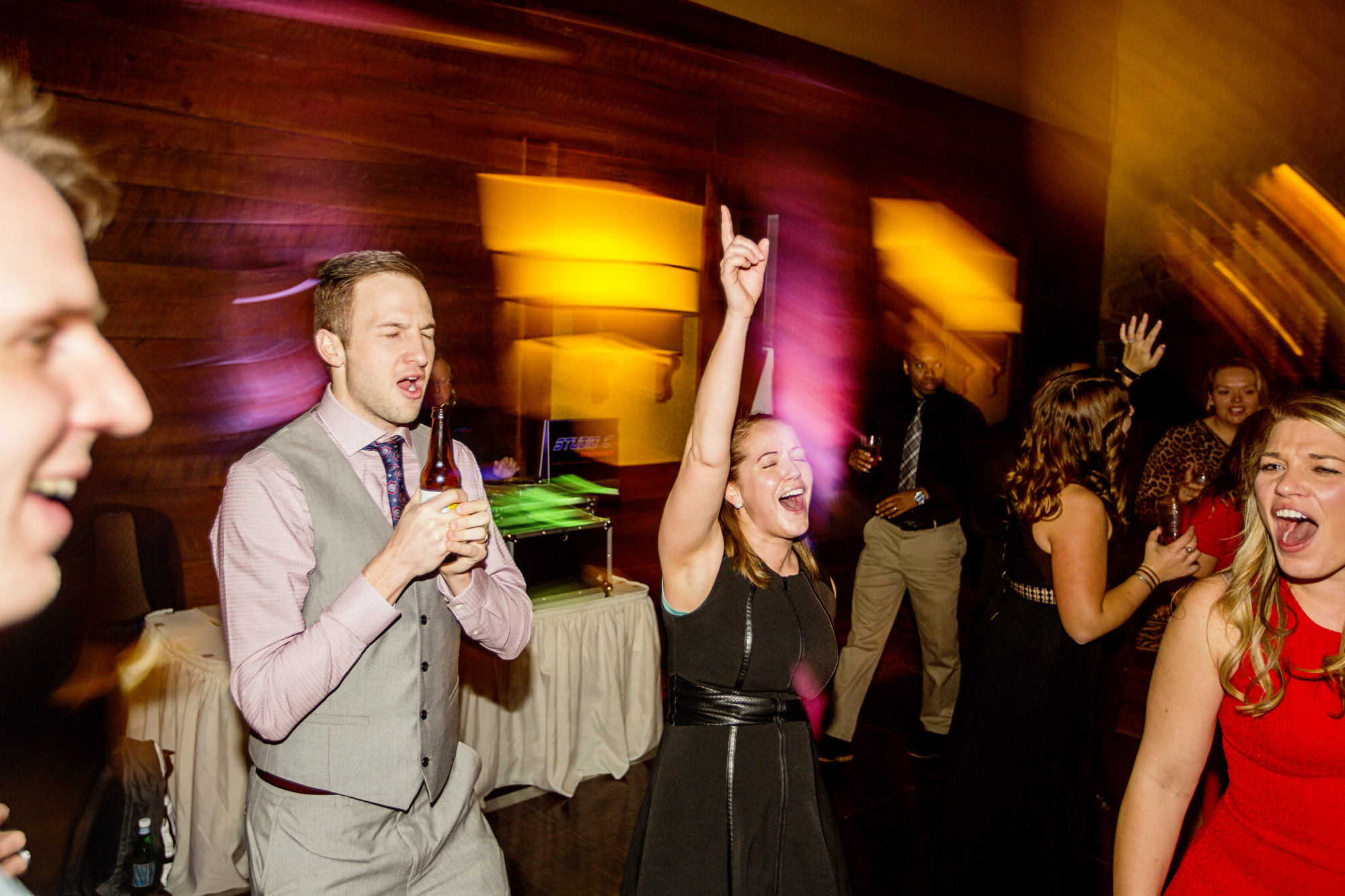 Seriously_Sabrina_Photography_Cincinnati_Ohio_Oscar_Event_Center_Wedding_Reception_Lauren_Aaron_119.jpg