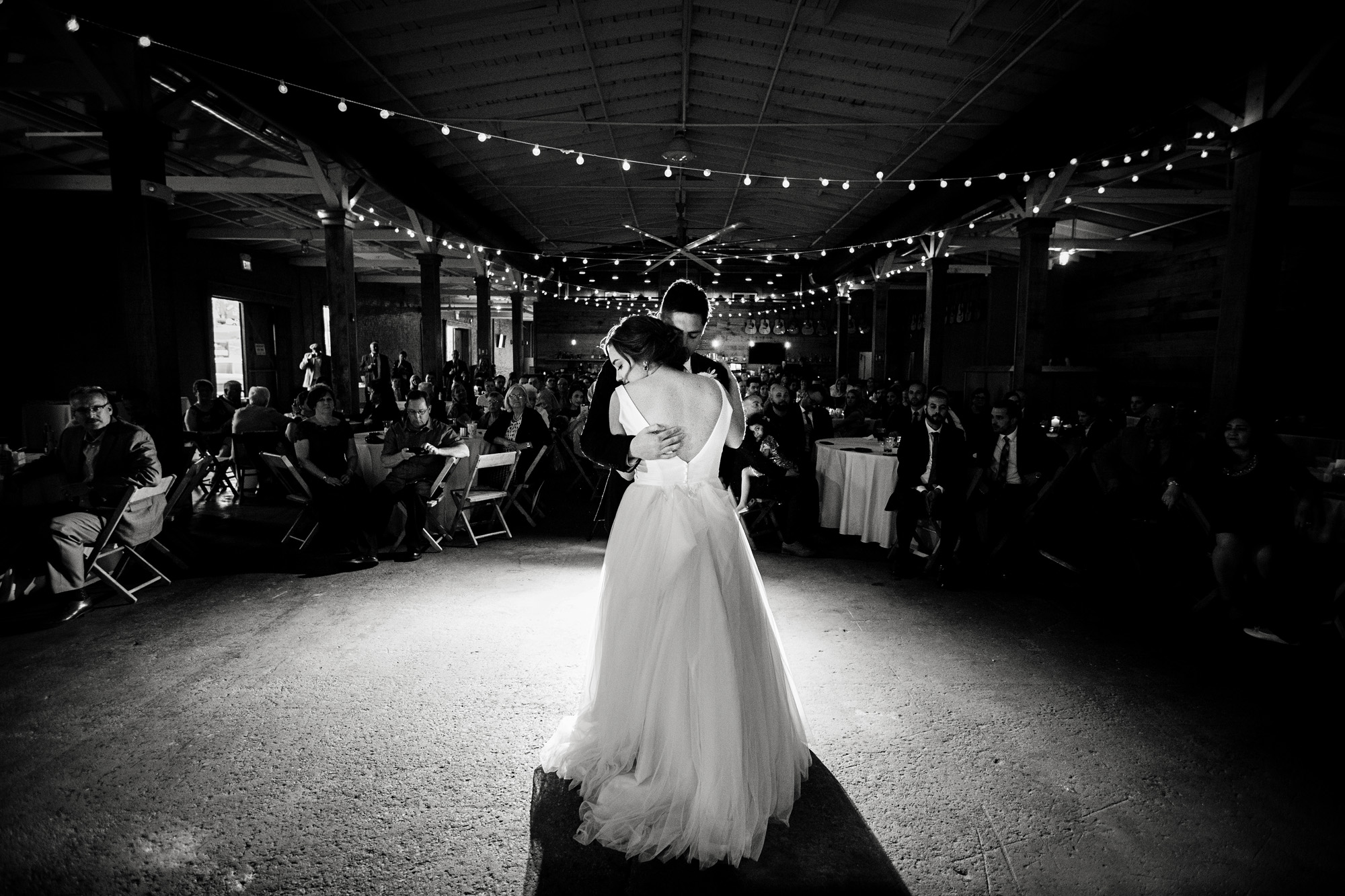 Seriously_Sabrina_Photography_Lexington_Kentucky_Manchester_Music_Hall_Wedding_Mesmer_109.jpg