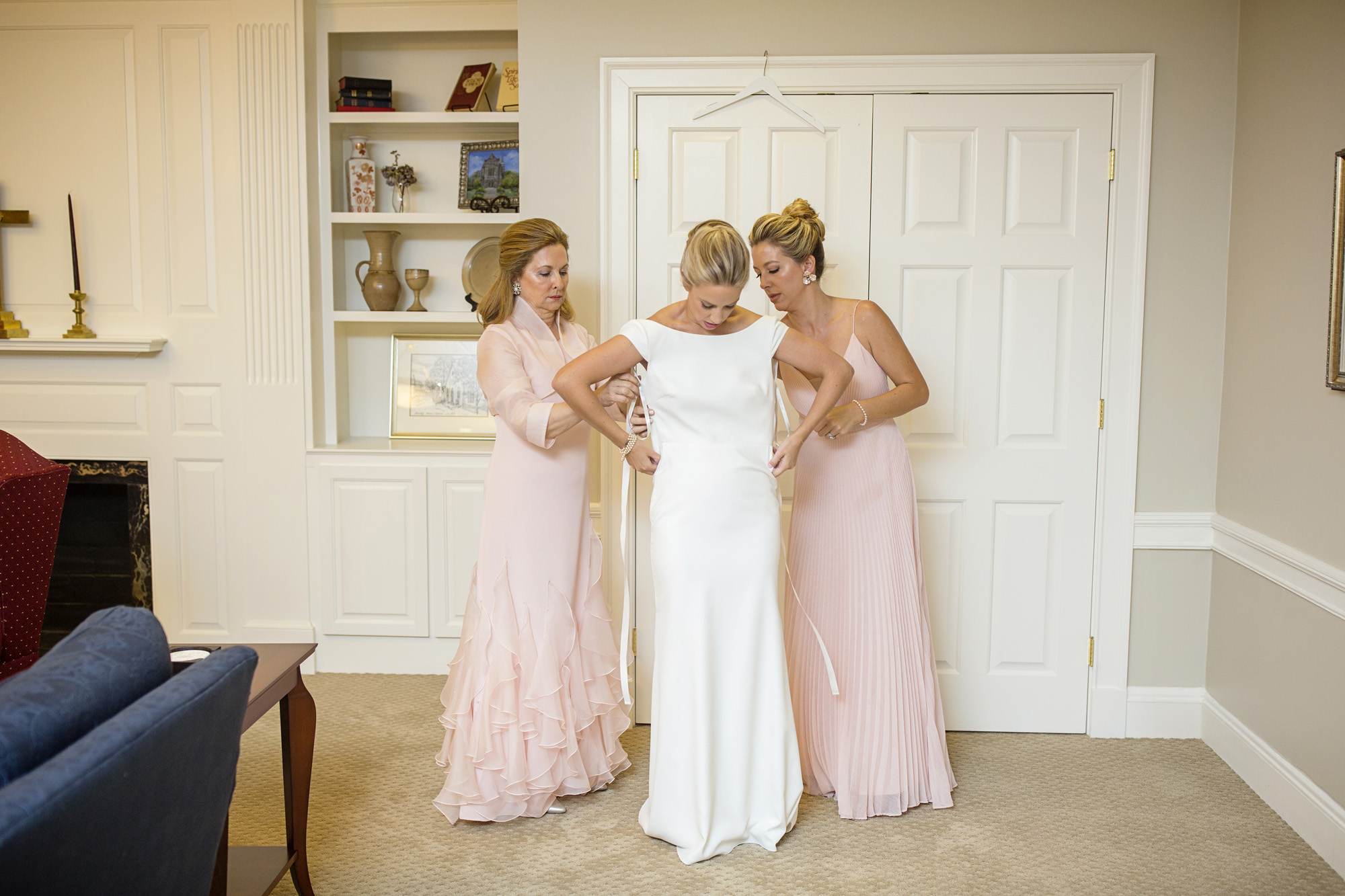 Seriously_Sabrina_Photography_Lexington_Kentucky_Second_Presbyterian_Church_Idle_Hour_Country_Club_Wedding_Kime_8.jpg