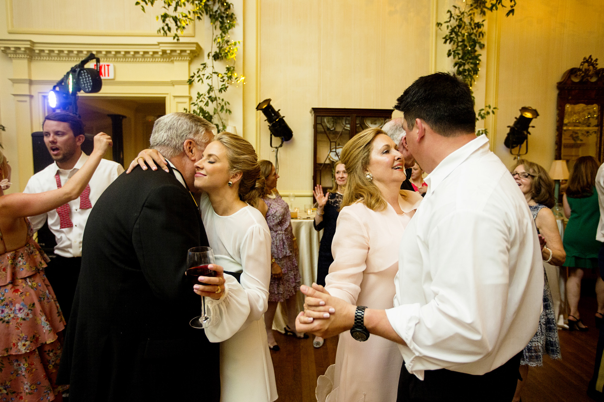 Seriously_Sabrina_Photography_Lexington_Kentucky_Second_Presbyterian_Church_Idle_Hour_Country_Club_Wedding_Kime_81.jpg