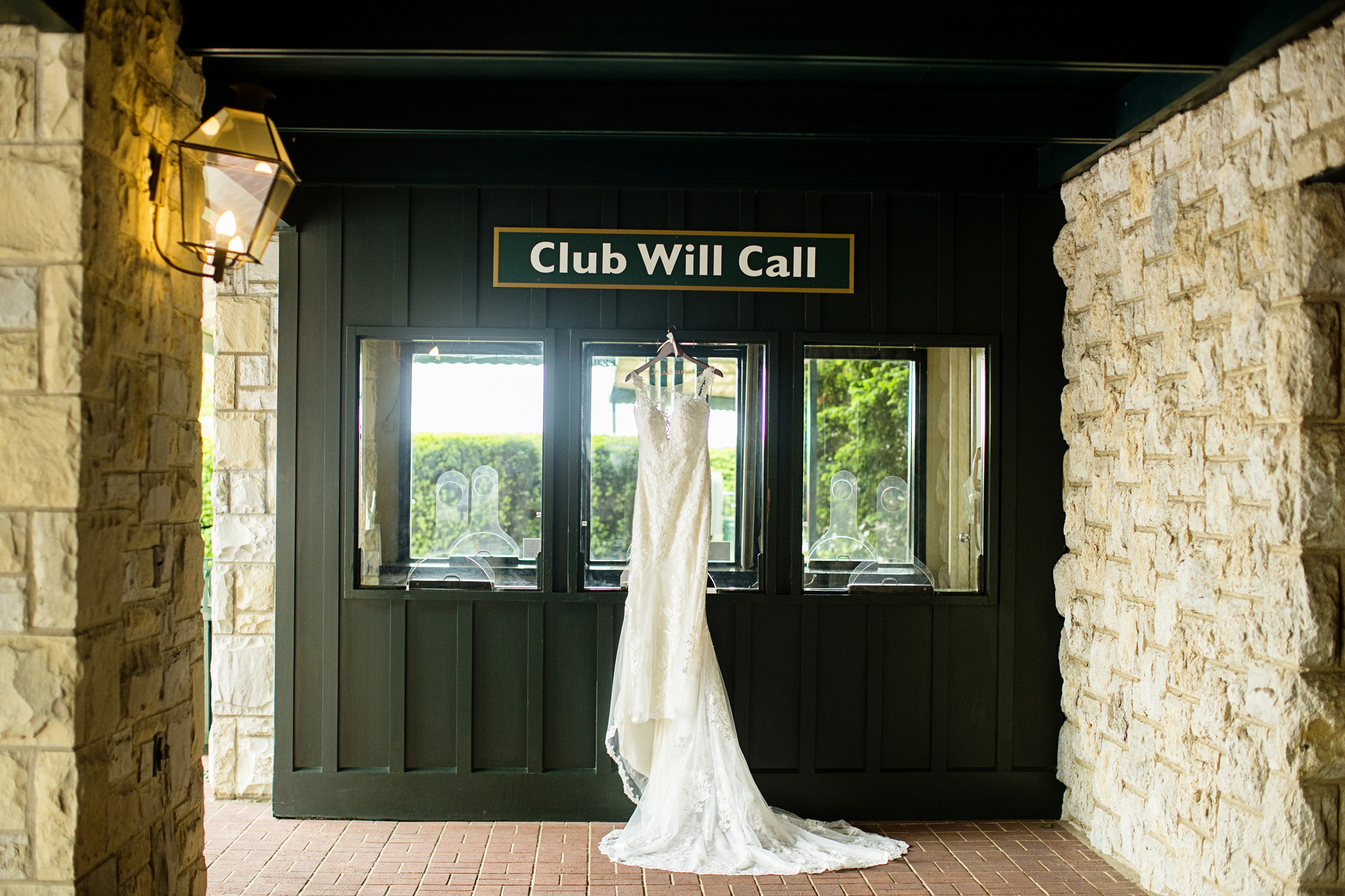 Seriously_Sabrina_Photography_Lexington_Kentucky_Downtown_Keeneland_Clubhouse_Wedding_Spitzer_31.jpg