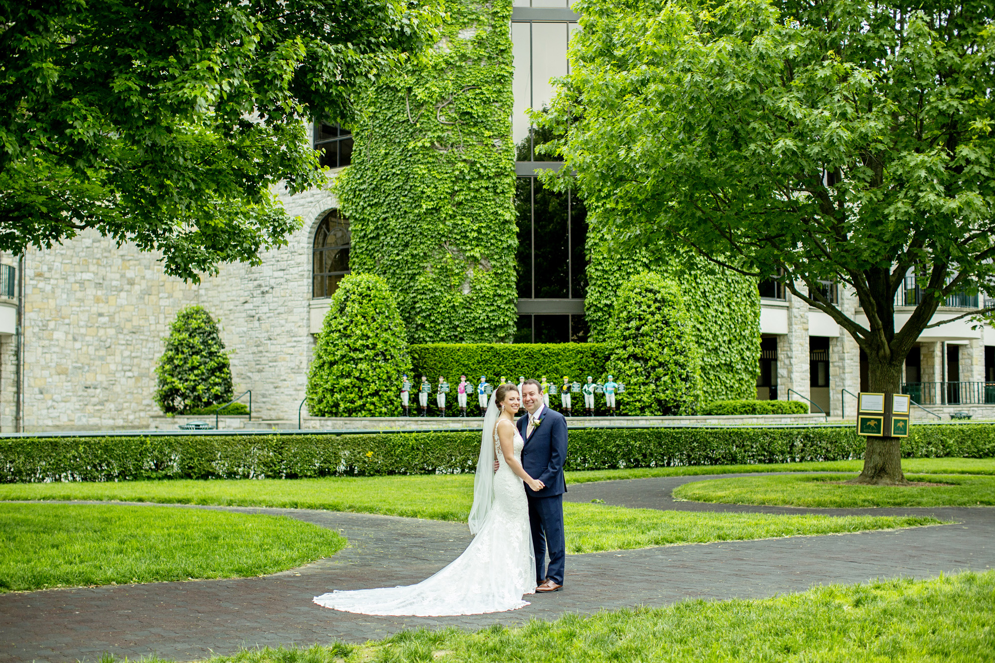 Seriously_Sabrina_Photography_Lexington_Kentucky_Downtown_Keeneland_Clubhouse_Wedding_Spitzer_42.jpg