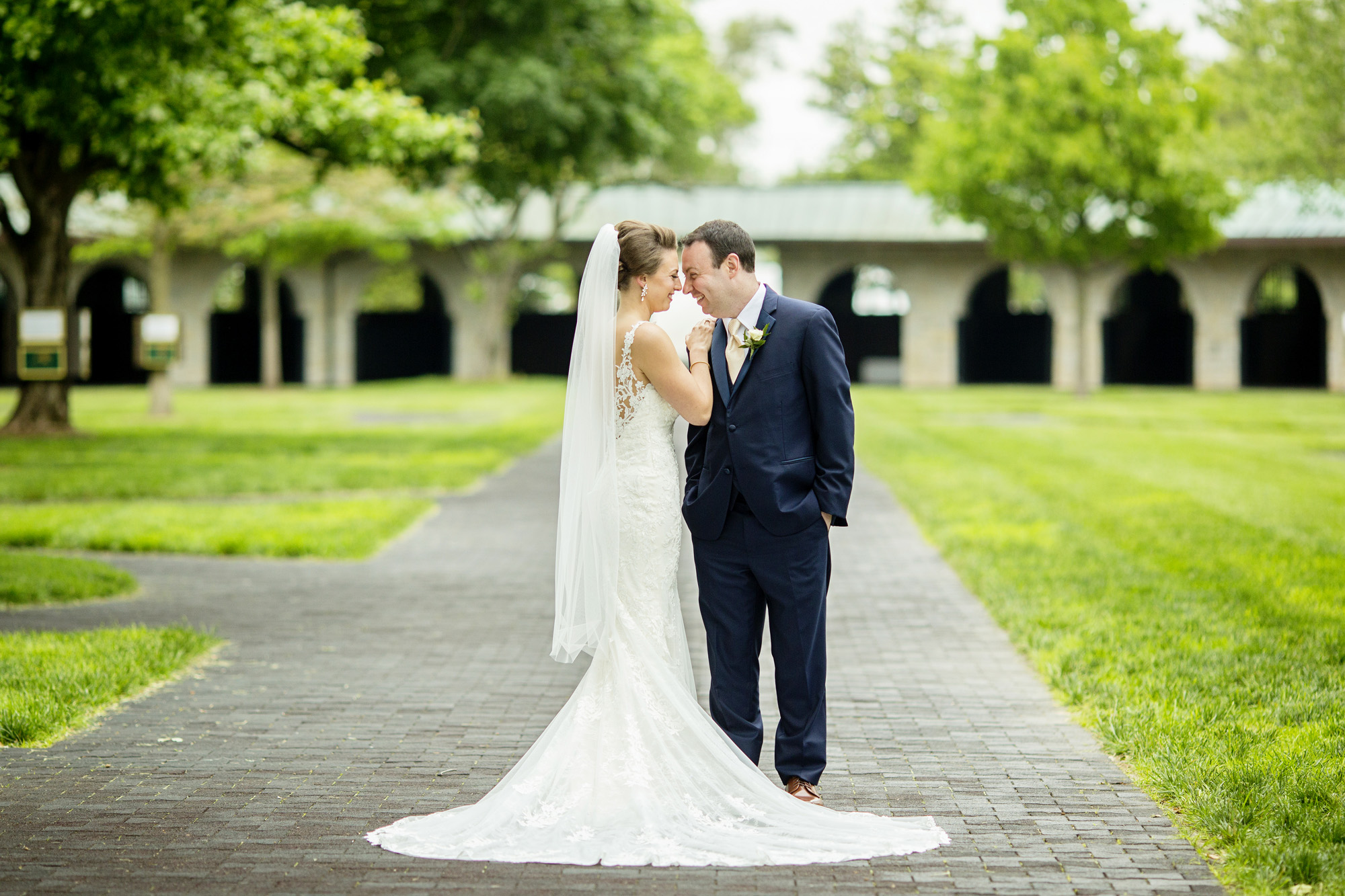 Seriously_Sabrina_Photography_Lexington_Kentucky_Downtown_Keeneland_Clubhouse_Wedding_Spitzer_44.jpg