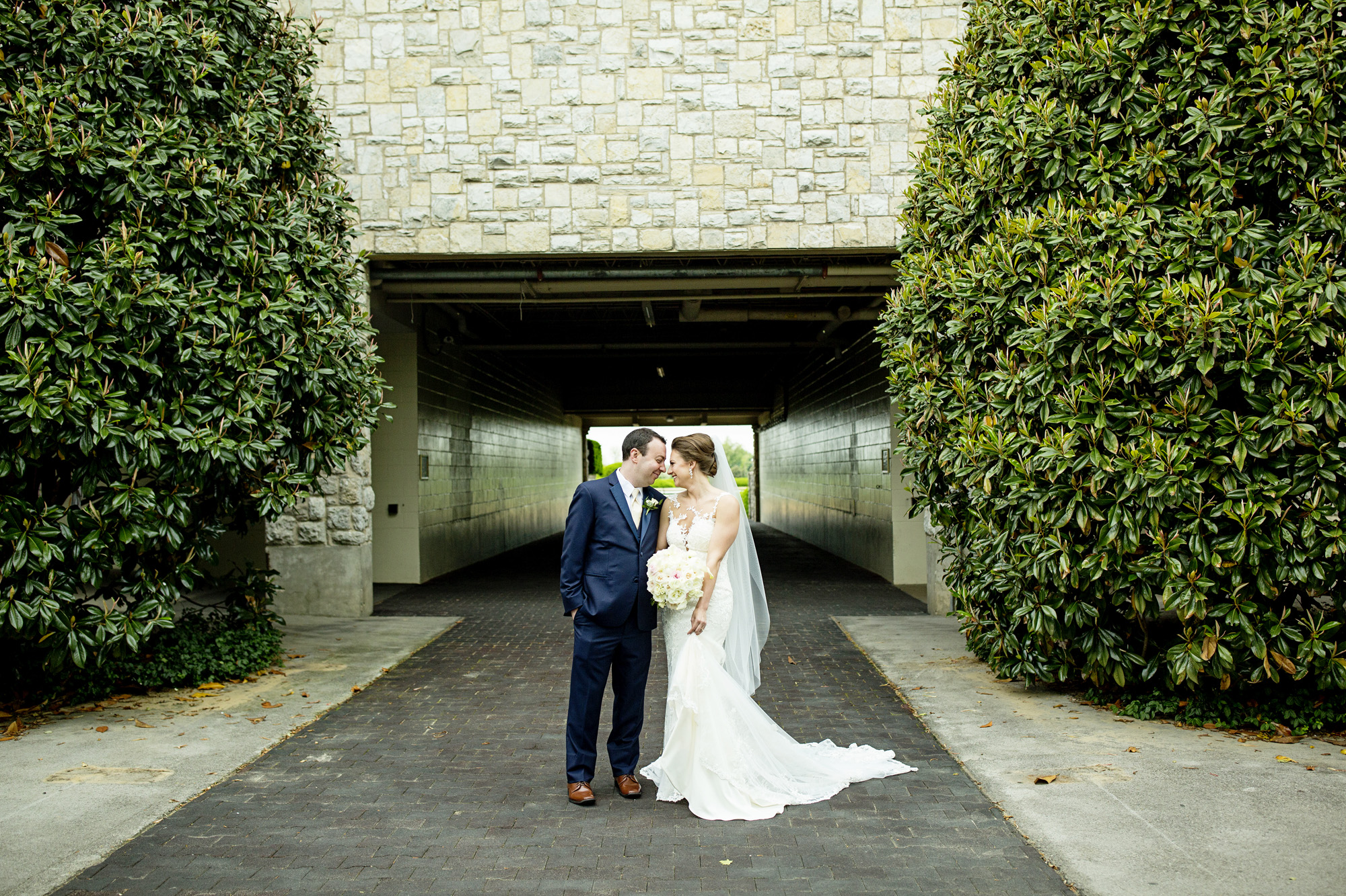 Seriously_Sabrina_Photography_Lexington_Kentucky_Downtown_Keeneland_Clubhouse_Wedding_Spitzer_59.jpg