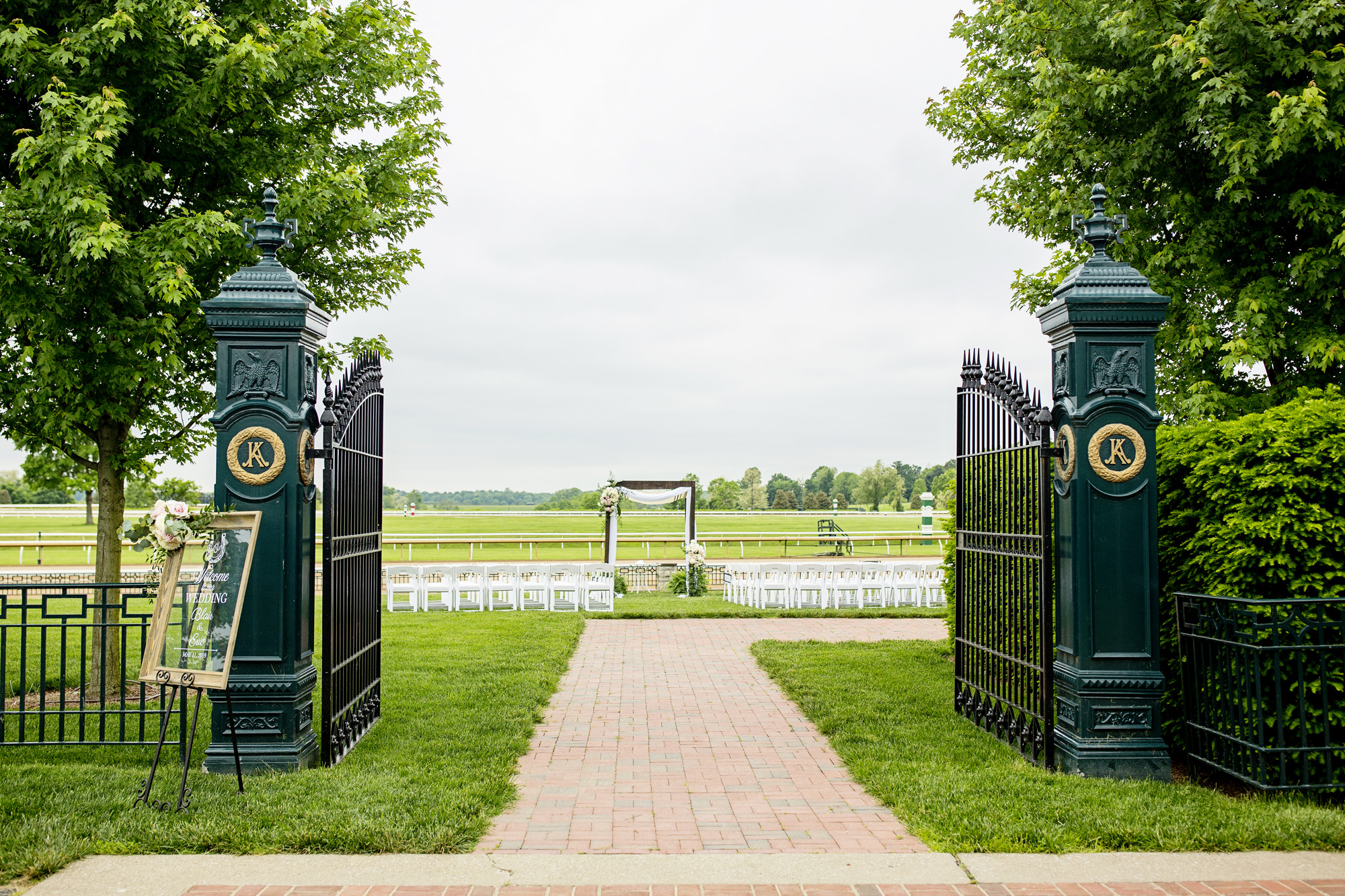 Seriously_Sabrina_Photography_Lexington_Kentucky_Downtown_Keeneland_Clubhouse_Wedding_Spitzer_69.jpg