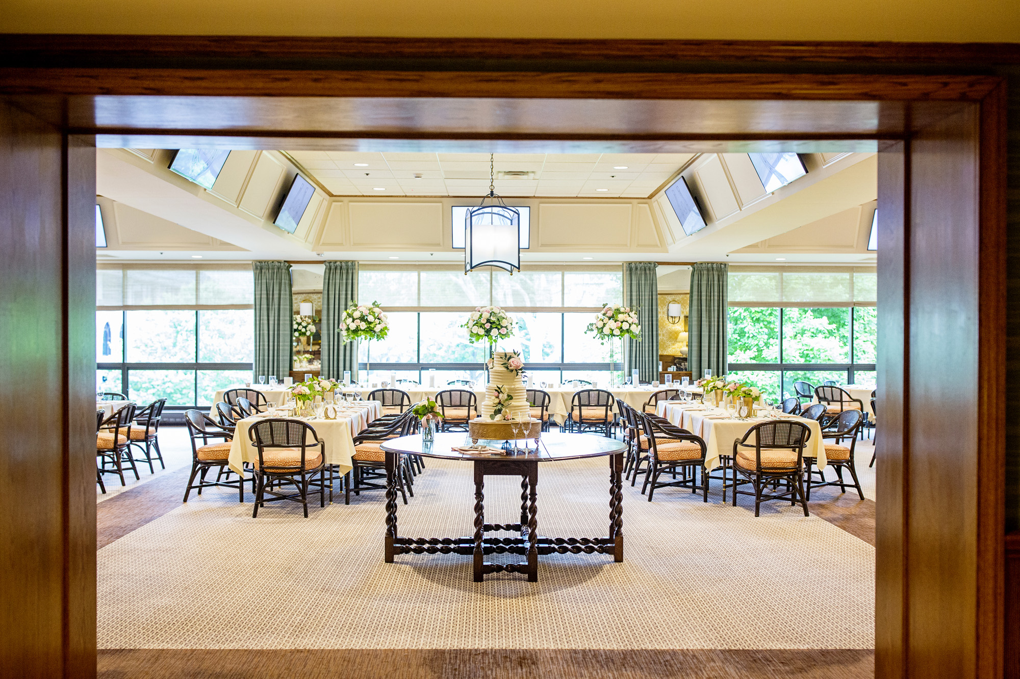 Seriously_Sabrina_Photography_Lexington_Kentucky_Downtown_Keeneland_Clubhouse_Wedding_Spitzer_102.jpg