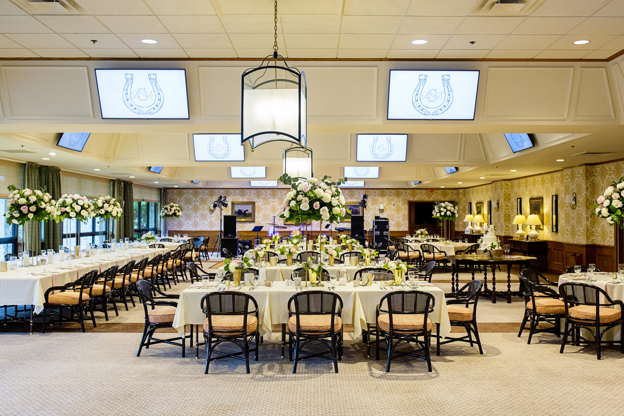 Seriously_Sabrina_Photography_Lexington_Kentucky_Downtown_Keeneland_Clubhouse_Wedding_Spitzer_104.jpg