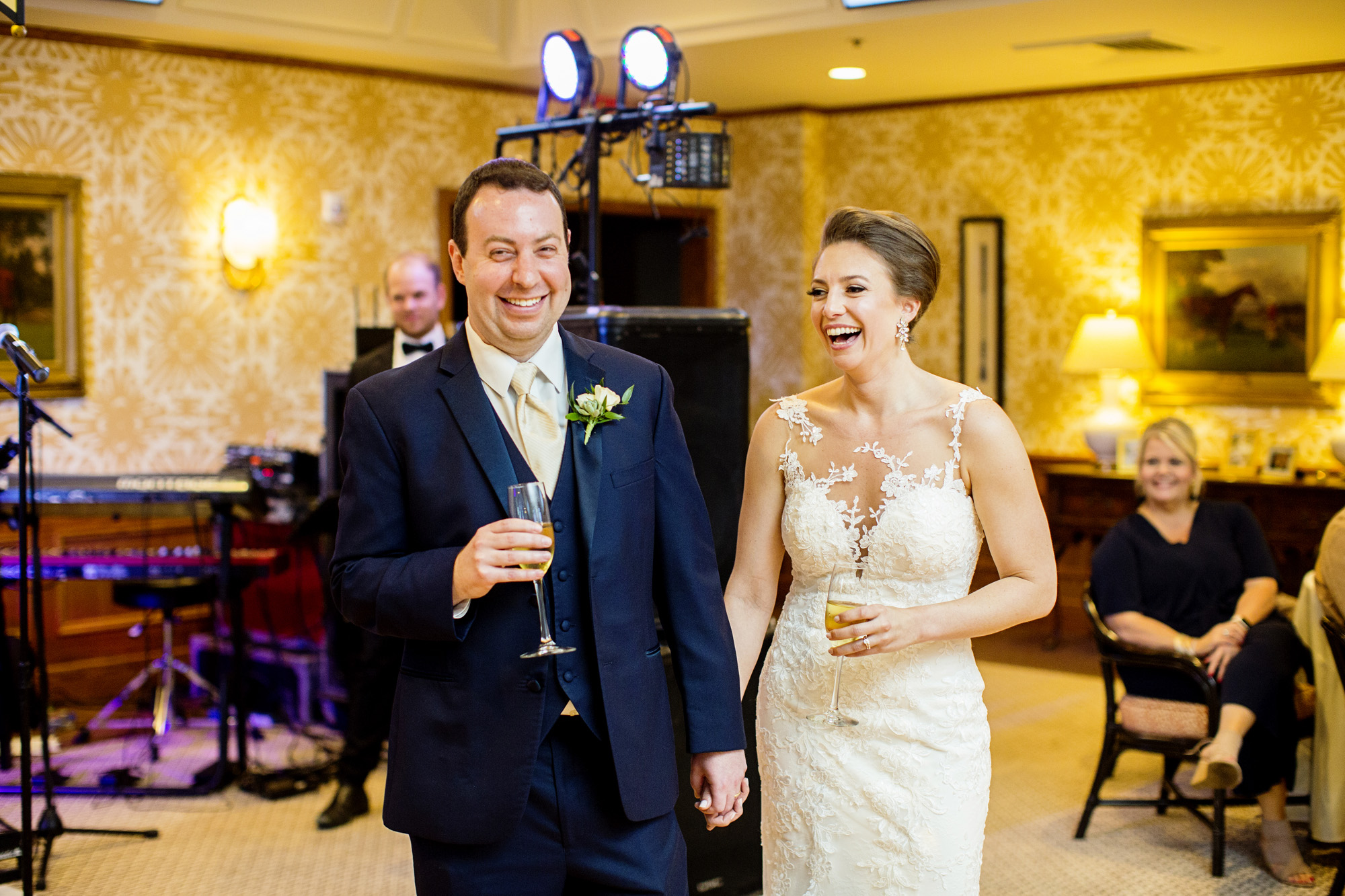 Seriously_Sabrina_Photography_Lexington_Kentucky_Downtown_Keeneland_Clubhouse_Wedding_Spitzer_117.jpg