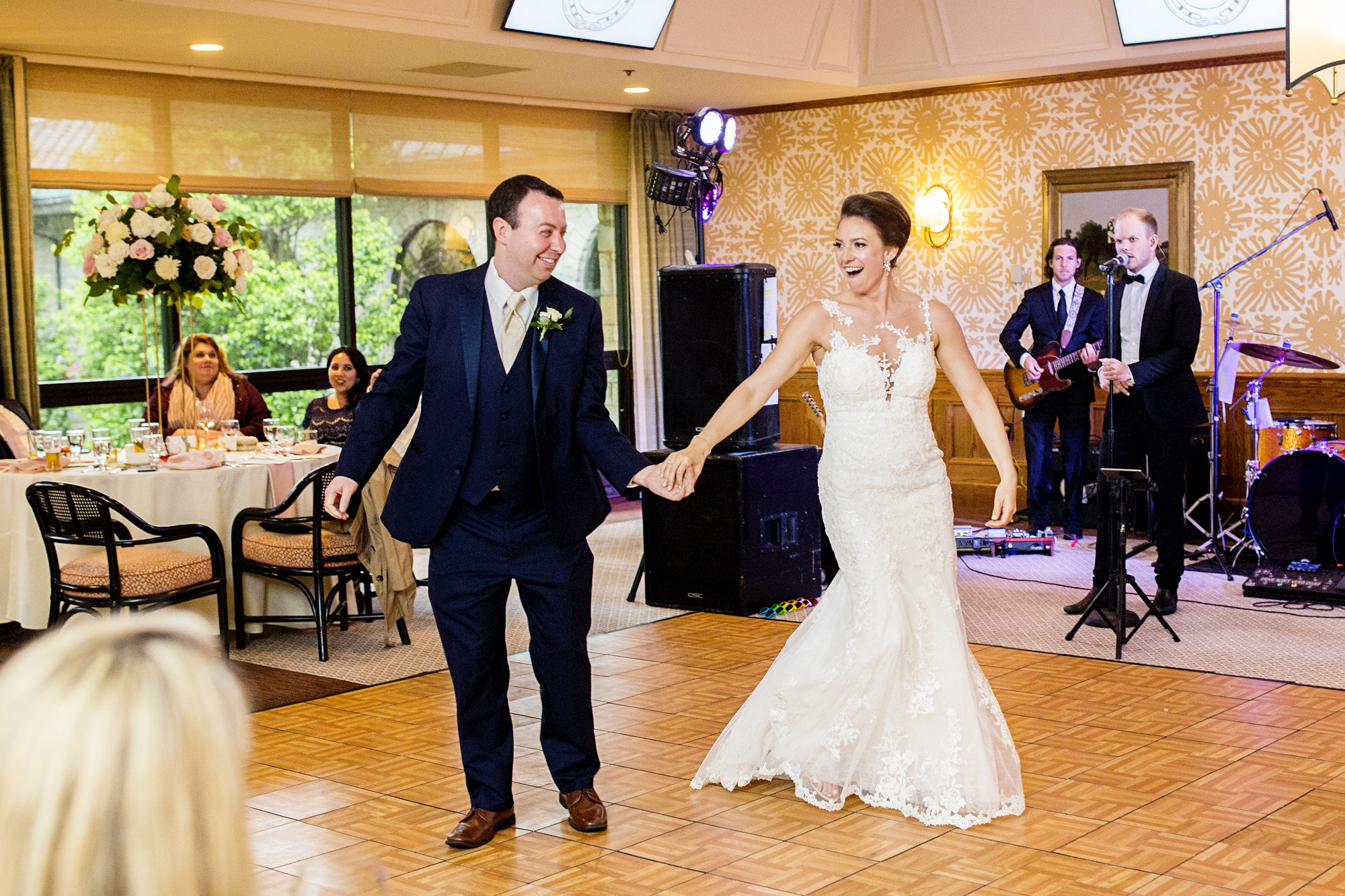 Seriously_Sabrina_Photography_Lexington_Kentucky_Downtown_Keeneland_Clubhouse_Wedding_Spitzer_119.jpg