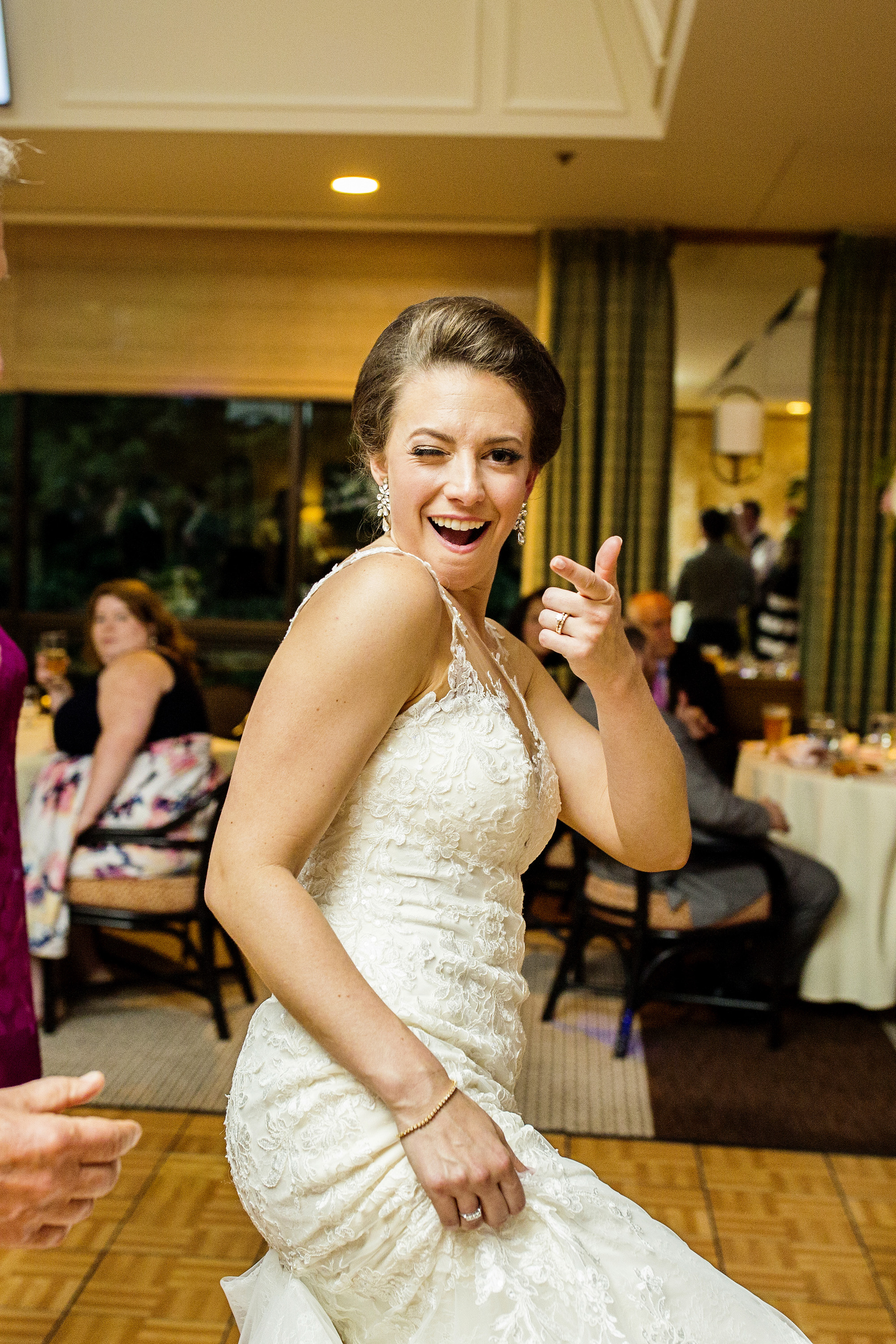 Seriously_Sabrina_Photography_Lexington_Kentucky_Downtown_Keeneland_Clubhouse_Wedding_Spitzer_133.jpg