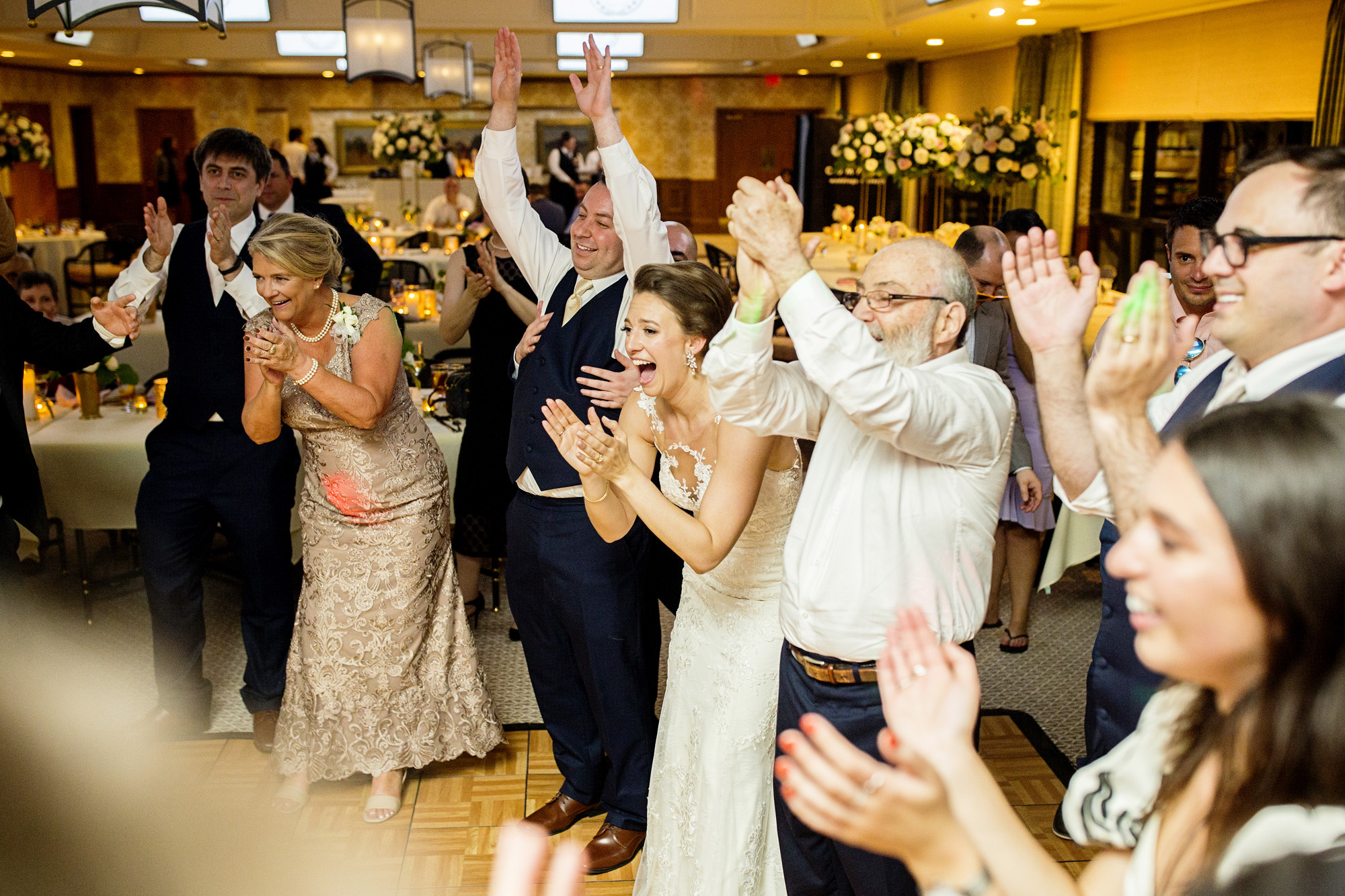 Seriously_Sabrina_Photography_Lexington_Kentucky_Downtown_Keeneland_Clubhouse_Wedding_Spitzer_149.jpg