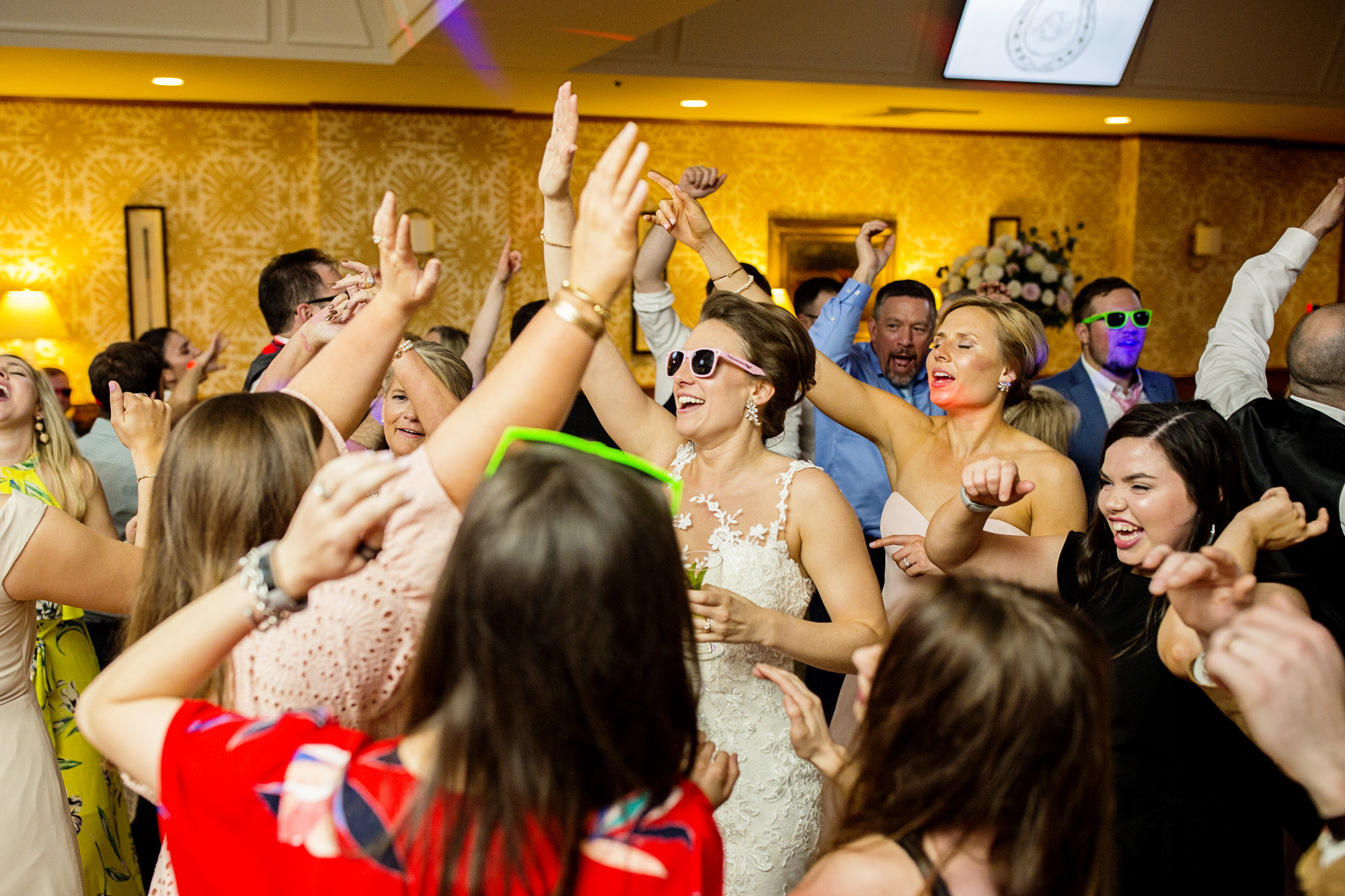 Seriously_Sabrina_Photography_Lexington_Kentucky_Downtown_Keeneland_Clubhouse_Wedding_Spitzer_159.jpg