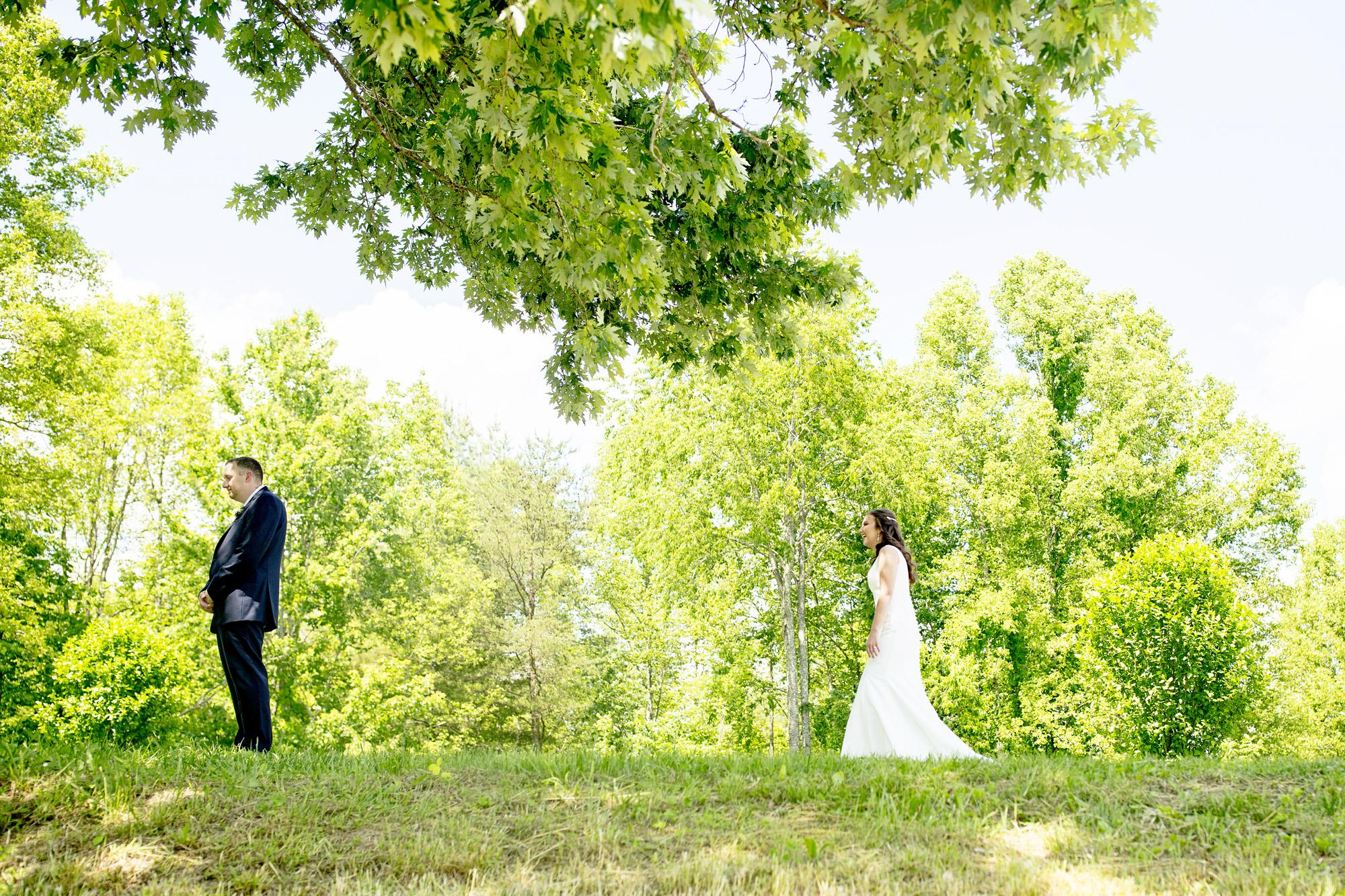 Seriously_Sabrina_Photography_Red_River_Gorge_Wedding_Barn_Robinson29.jpg