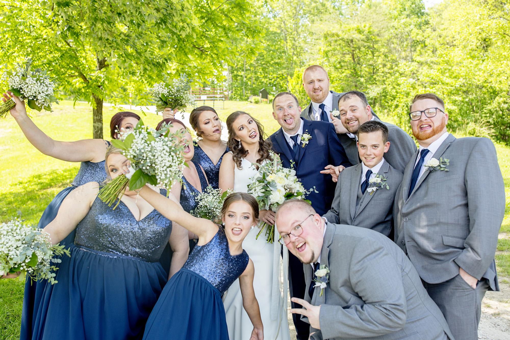 Seriously_Sabrina_Photography_Red_River_Gorge_Wedding_Barn_Robinson49.jpg