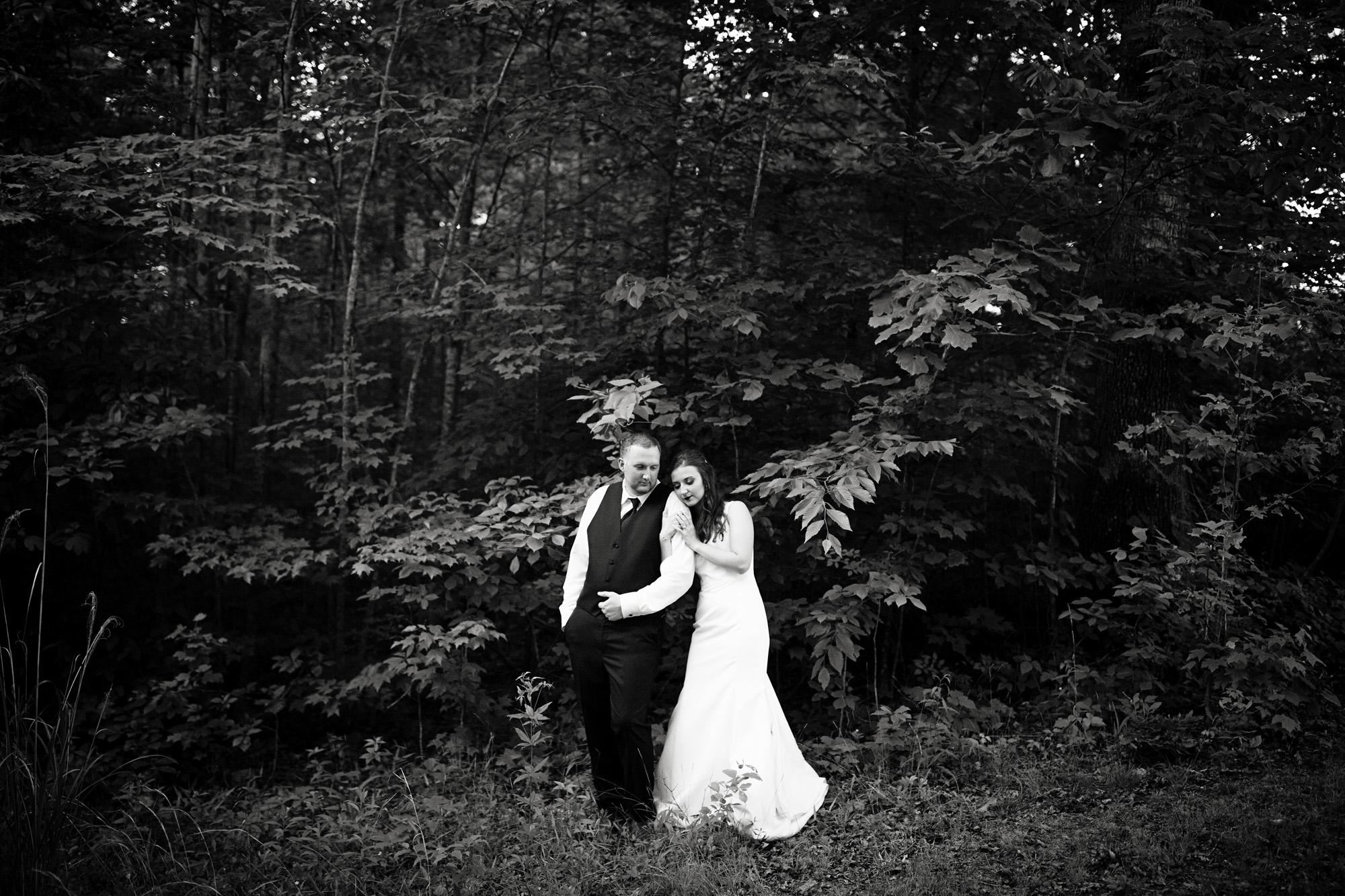 Seriously_Sabrina_Photography_Red_River_Gorge_Wedding_Barn_Robinson124.jpg