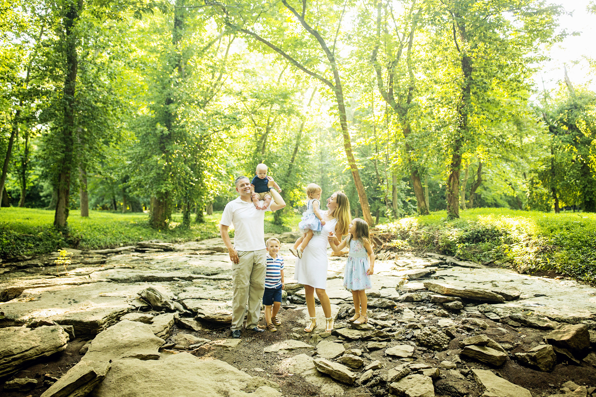 Seriously_Sabrina_Photography_Louisville_Kentucky_Romara_Place_McCartney_Family_Mini_1.jpg