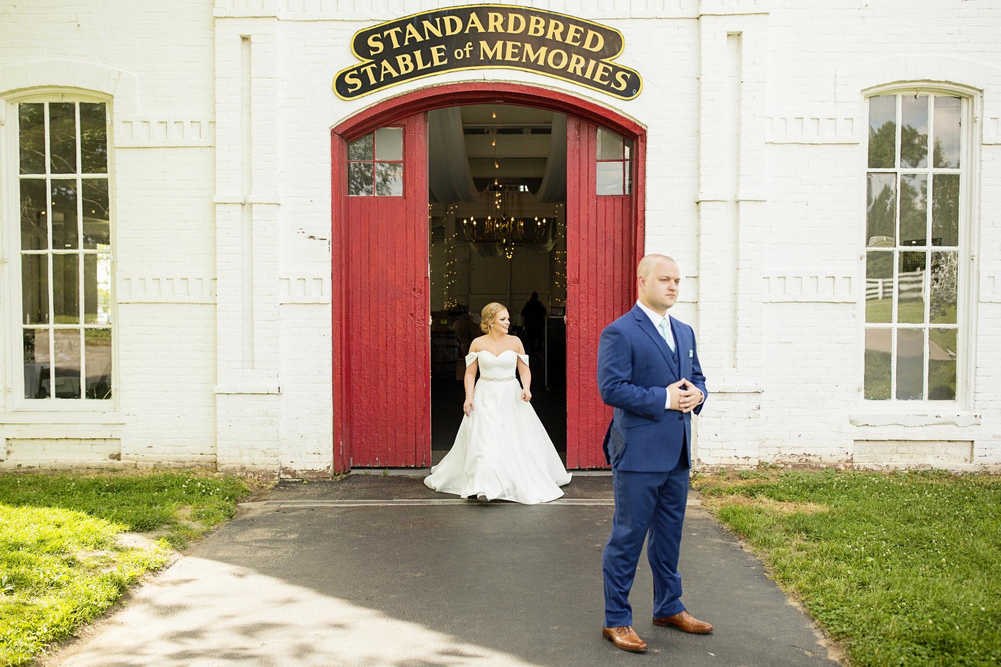 Seriously_Sabrina_Photography_Lexington_Kentucky_Pax_Christi_Round_Barn_Wedding_Beath_29.jpg
