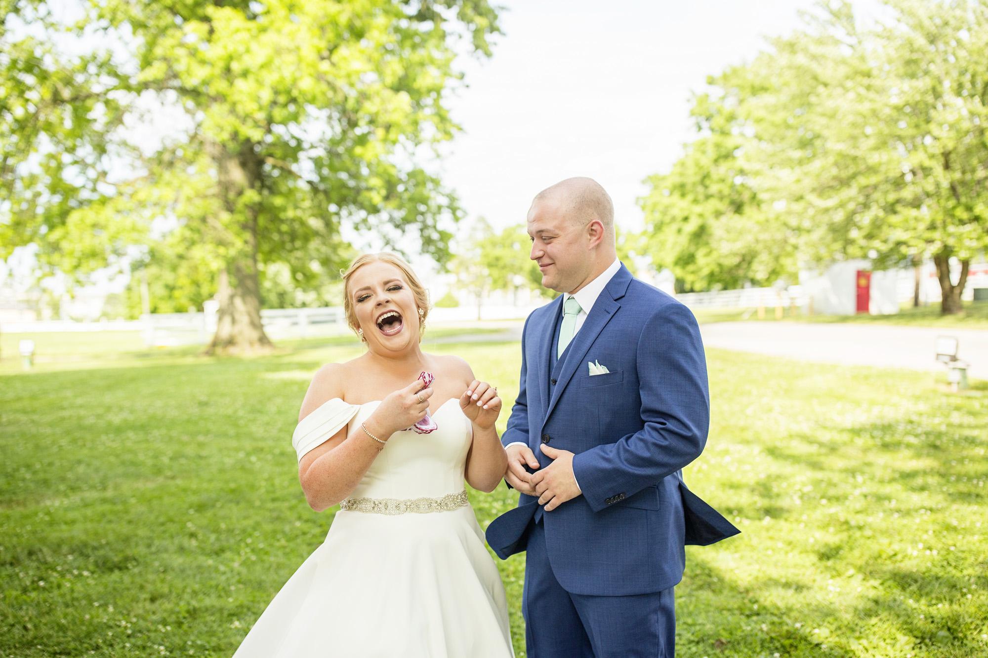 Seriously_Sabrina_Photography_Lexington_Kentucky_Pax_Christi_Round_Barn_Wedding_Beath_31.jpg