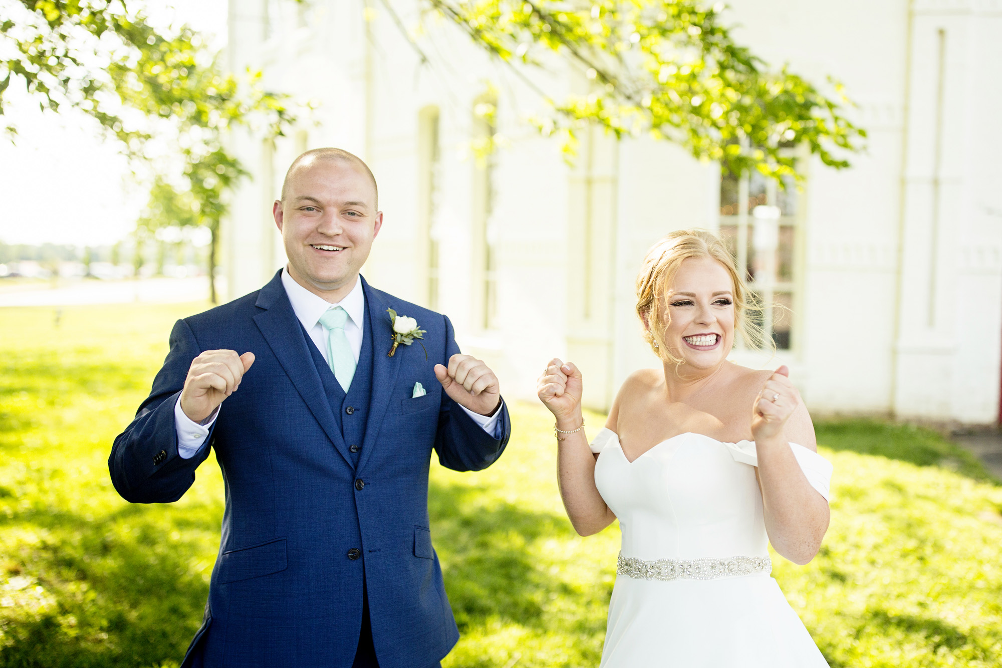 Seriously_Sabrina_Photography_Lexington_Kentucky_Pax_Christi_Round_Barn_Wedding_Beath_36.jpg