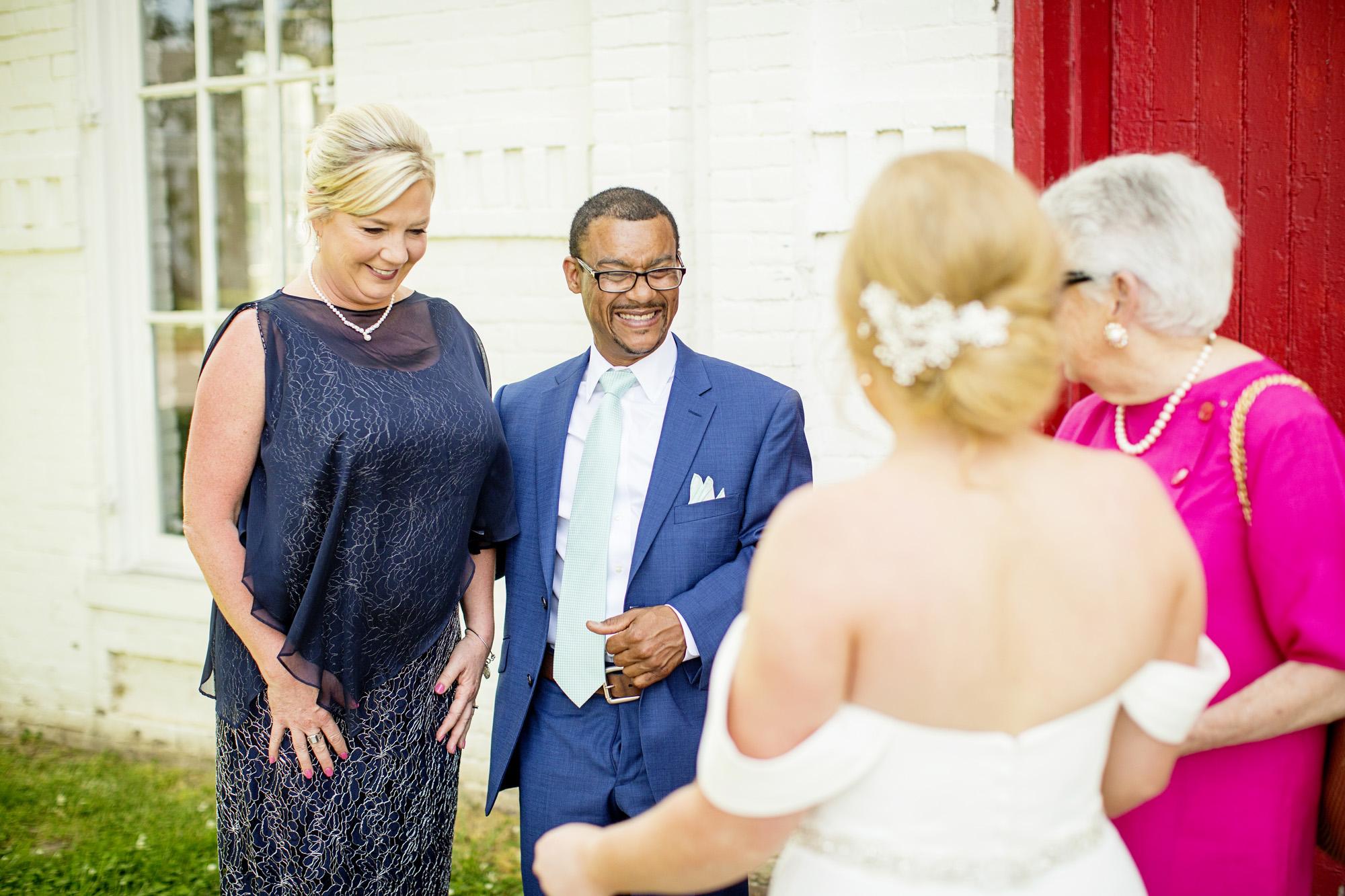 Seriously_Sabrina_Photography_Lexington_Kentucky_Pax_Christi_Round_Barn_Wedding_Beath_39.jpg