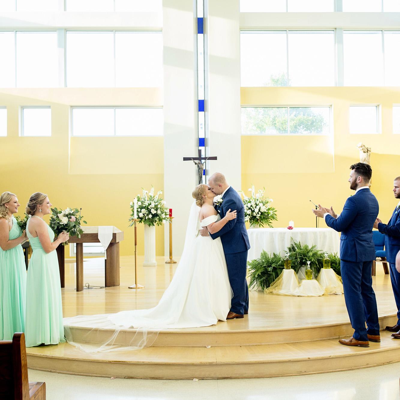 Seriously_Sabrina_Photography_Lexington_Kentucky_Pax_Christi_Round_Barn_Wedding_Beath_65.jpg