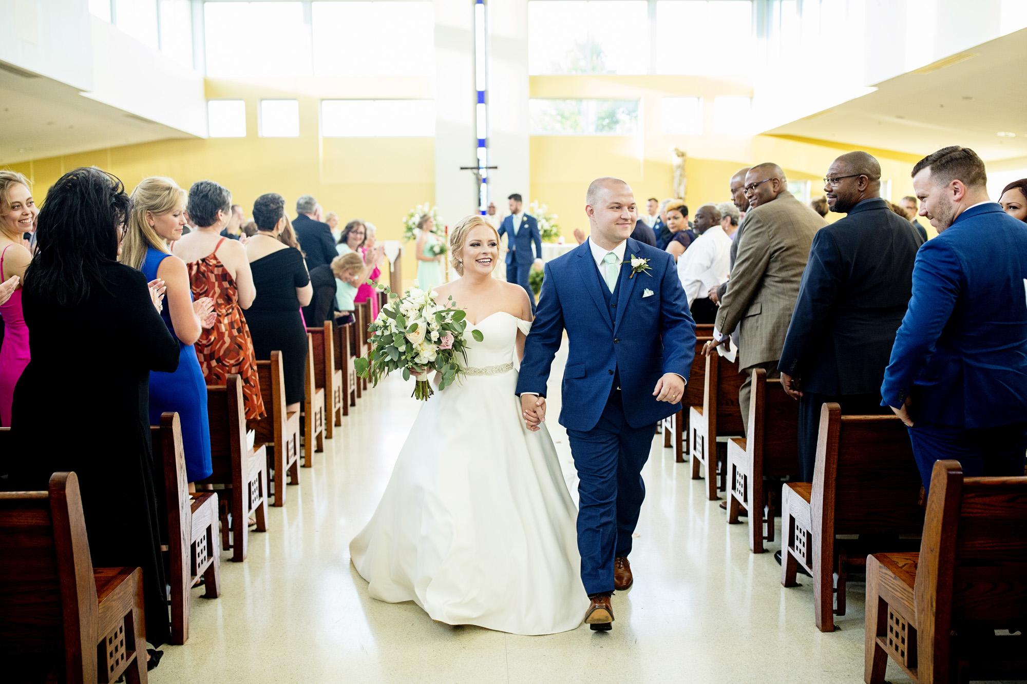 Seriously_Sabrina_Photography_Lexington_Kentucky_Pax_Christi_Round_Barn_Wedding_Beath_66.jpg