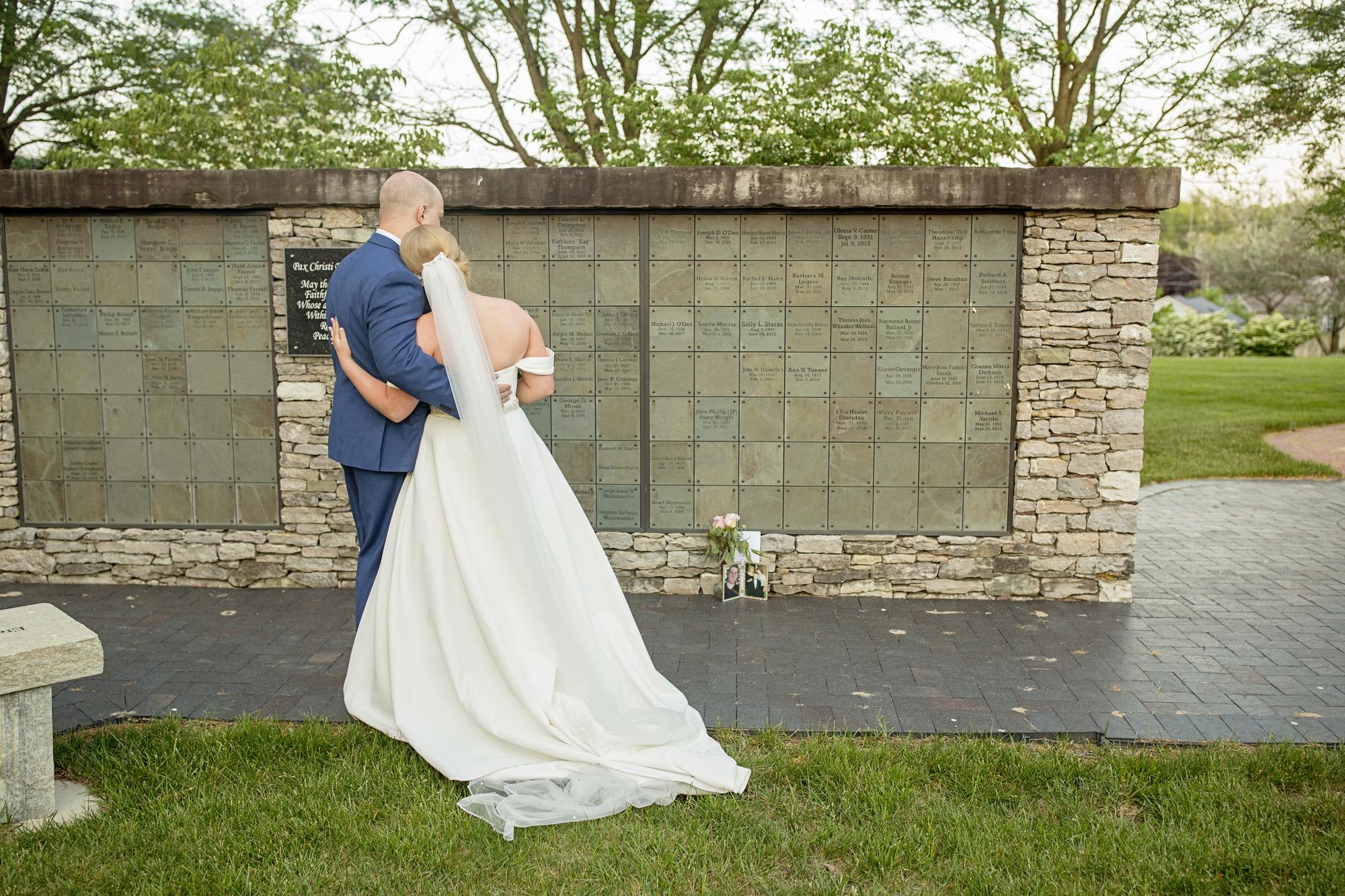 Seriously_Sabrina_Photography_Lexington_Kentucky_Pax_Christi_Round_Barn_Wedding_Beath_71.jpg
