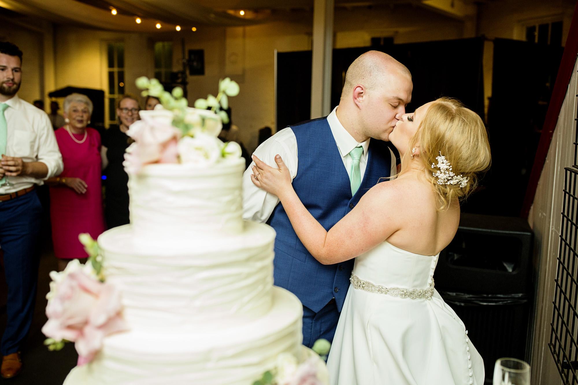 Seriously_Sabrina_Photography_Lexington_Kentucky_Pax_Christi_Round_Barn_Wedding_Beath_104.jpg