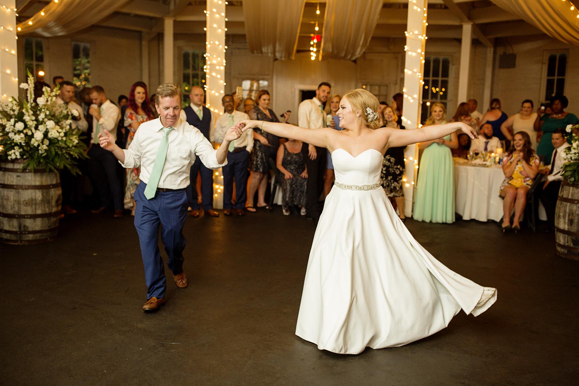 Seriously_Sabrina_Photography_Lexington_Kentucky_Pax_Christi_Round_Barn_Wedding_Beath_107.jpg