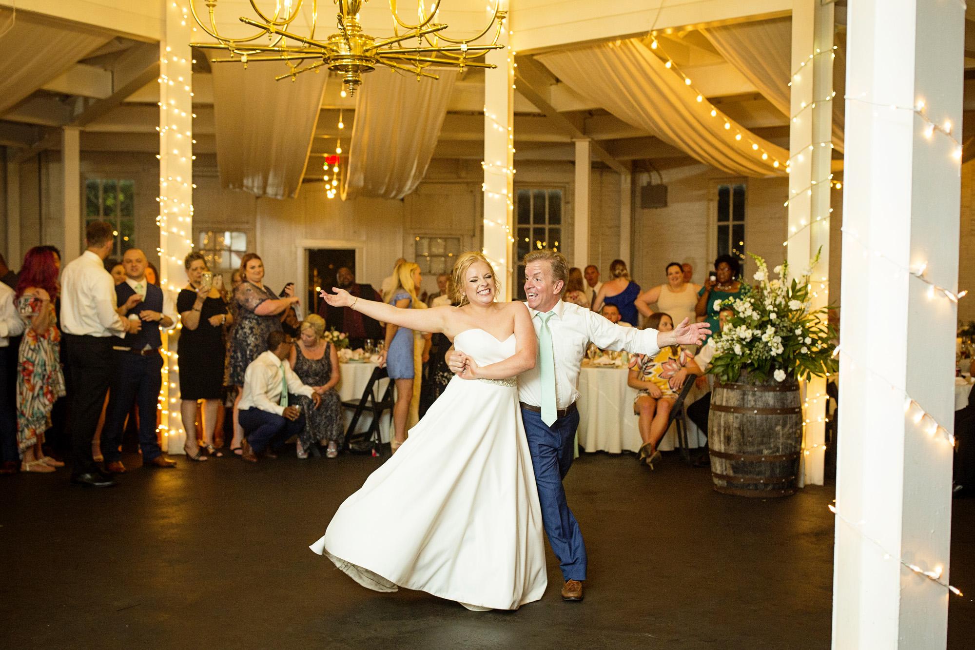 Seriously_Sabrina_Photography_Lexington_Kentucky_Pax_Christi_Round_Barn_Wedding_Beath_109.jpg