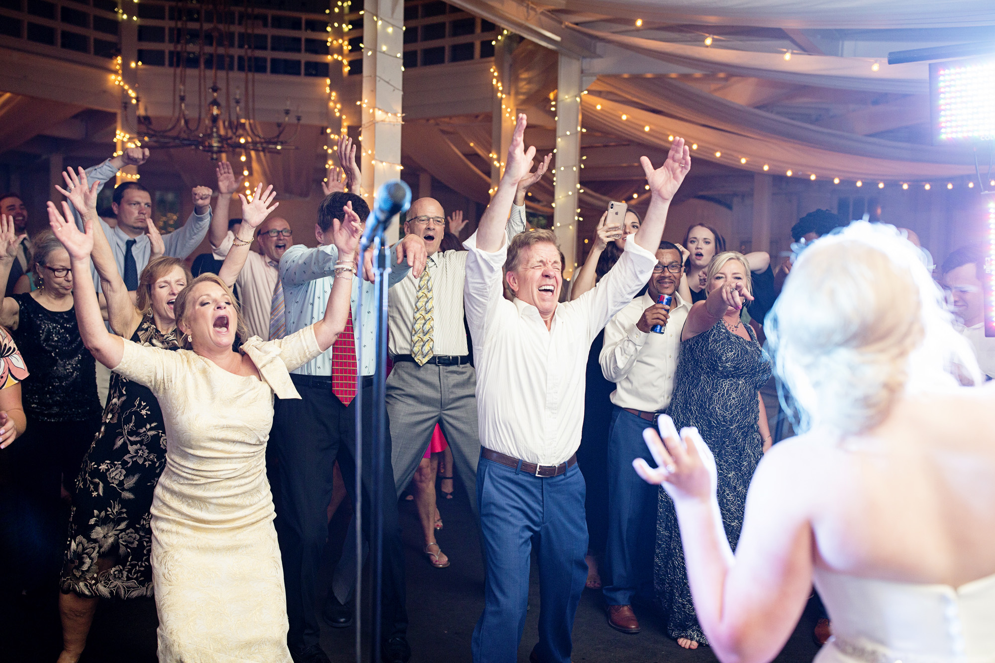Seriously_Sabrina_Photography_Lexington_Kentucky_Pax_Christi_Round_Barn_Wedding_Beath_123.jpg
