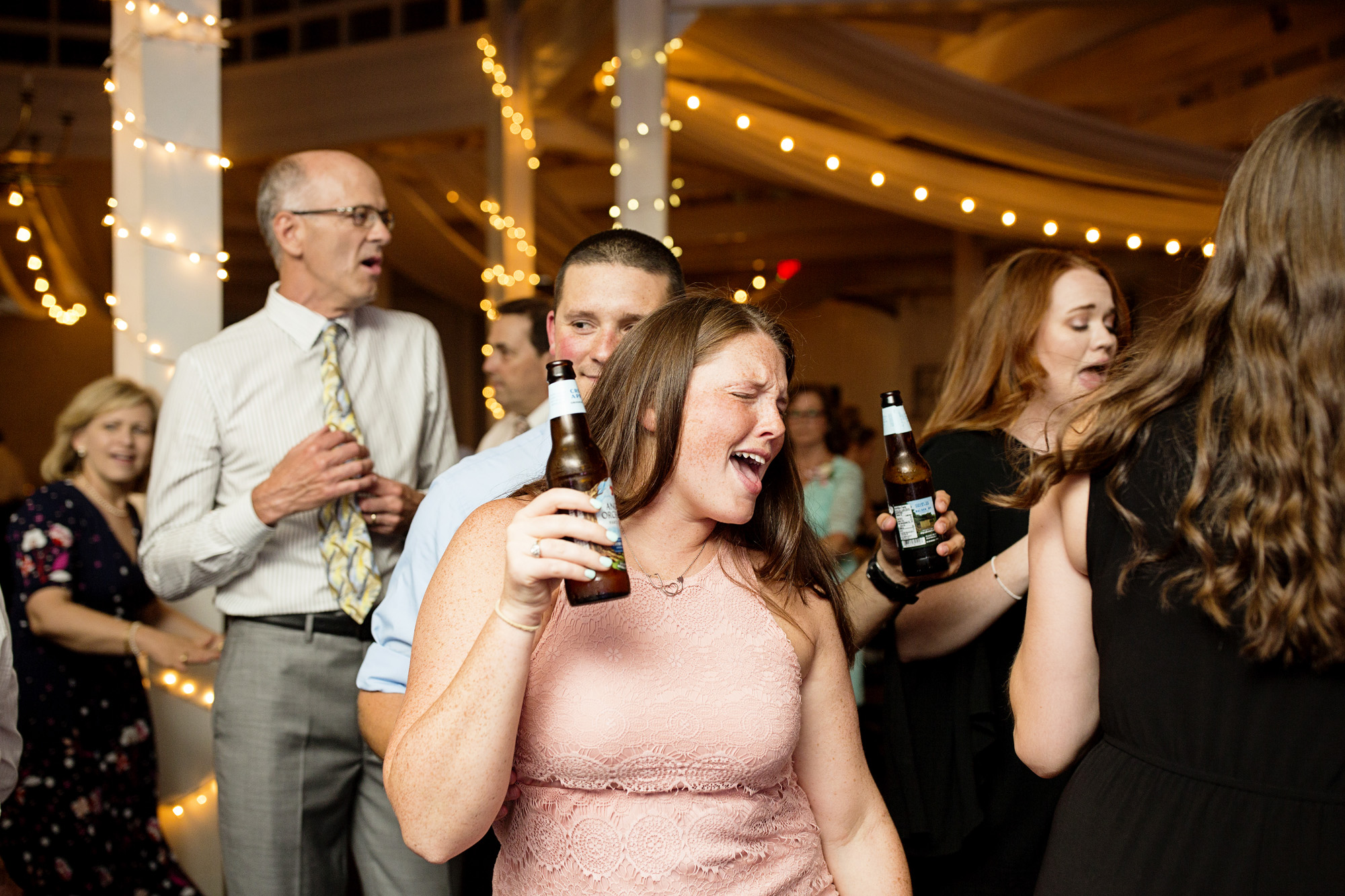 Seriously_Sabrina_Photography_Lexington_Kentucky_Pax_Christi_Round_Barn_Wedding_Beath_127.jpg