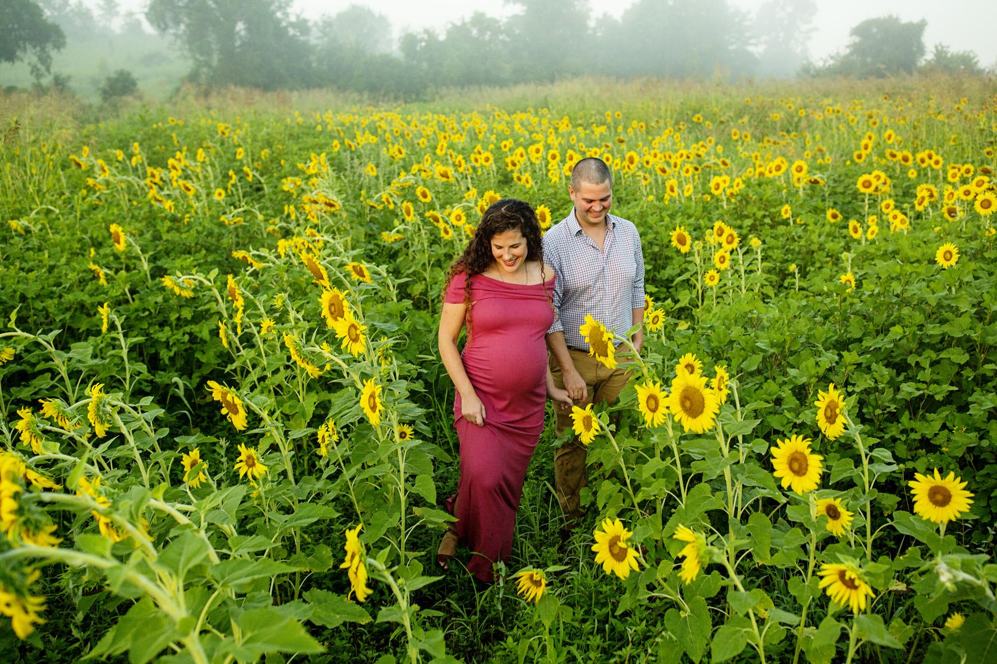 Seriously_Sabrina_Photography_Lexington_Frankfort_Kentucky_Maternity_Mini_Sunflowers_Johns15.jpg