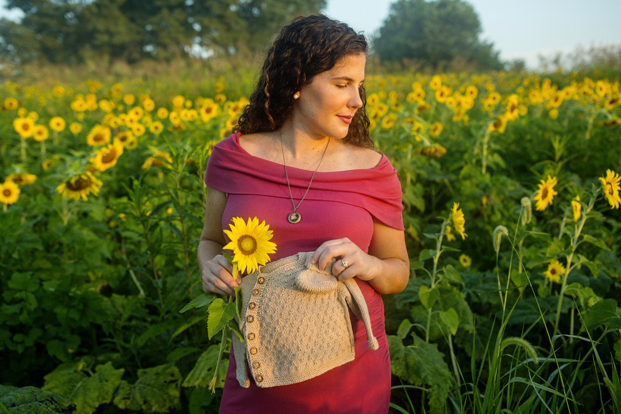 Seriously_Sabrina_Photography_Lexington_Frankfort_Kentucky_Maternity_Mini_Sunflowers_Johns16.jpg
