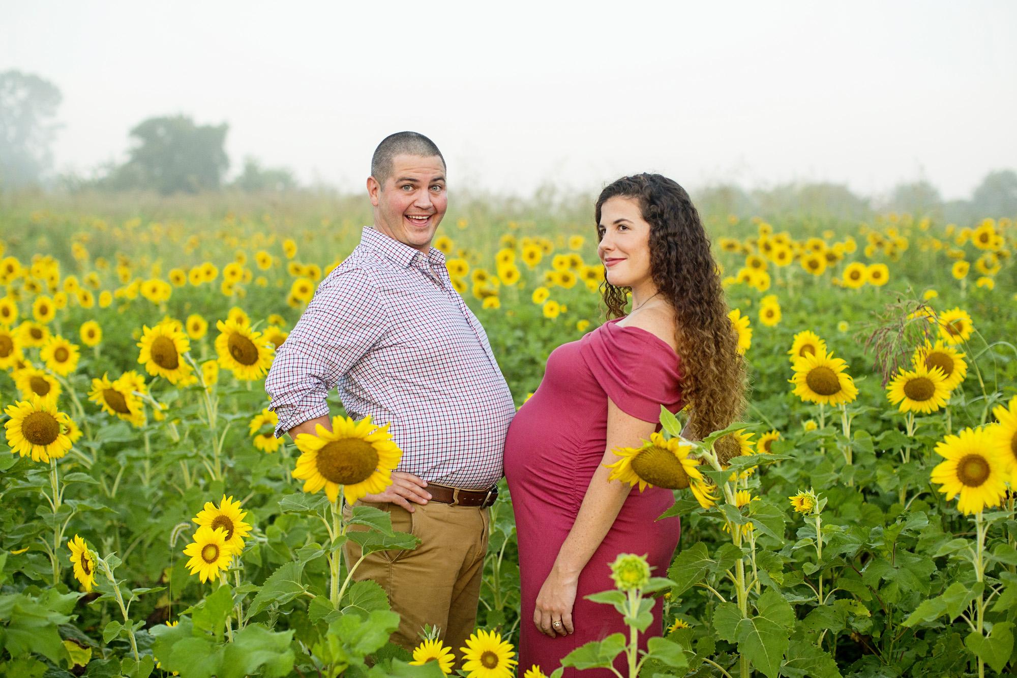 Seriously_Sabrina_Photography_Lexington_Frankfort_Kentucky_Maternity_Mini_Sunflowers_Johns19.jpg