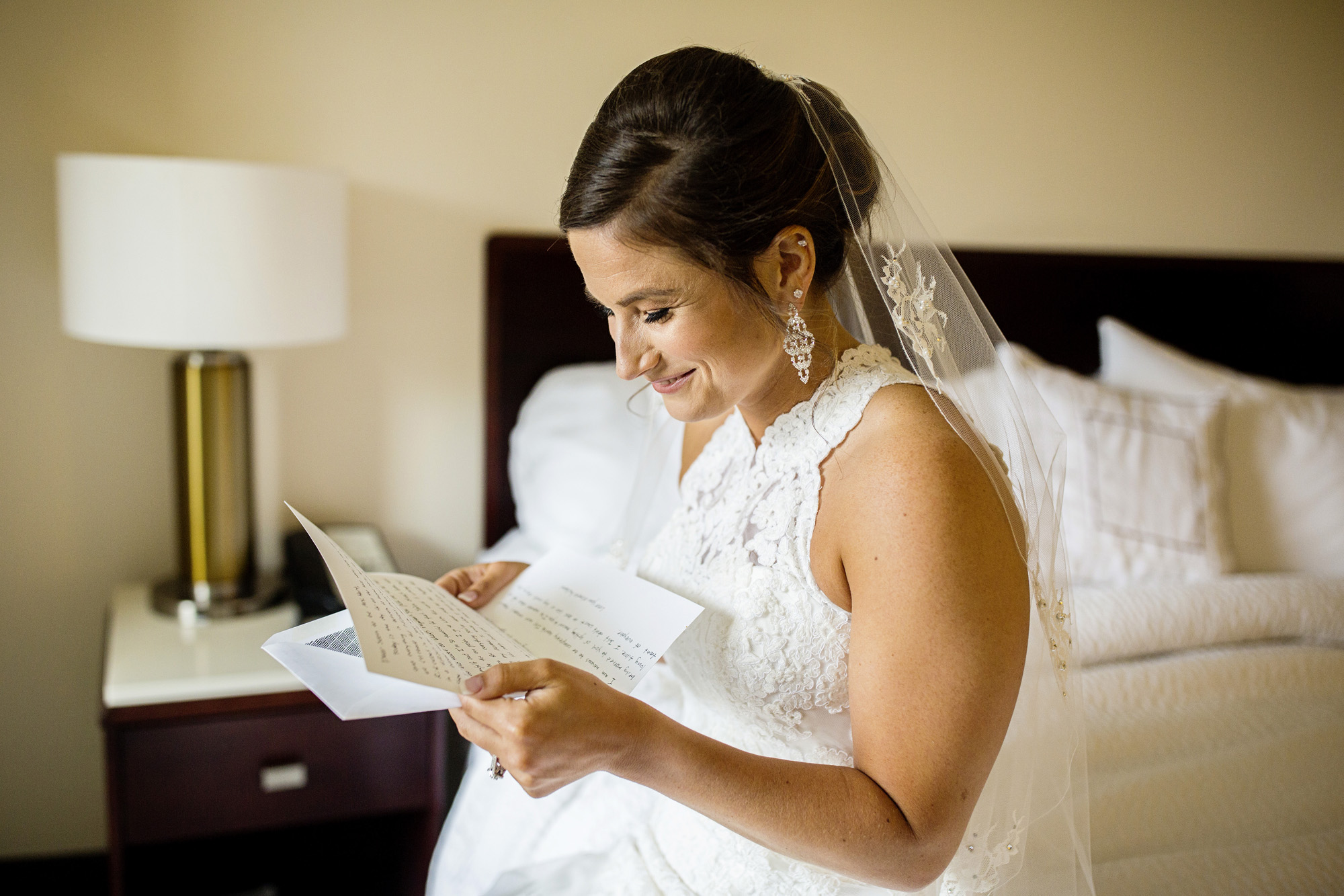 Seriously_Sabrina_Photography_Lexington_Kentucky_Round_Barn_Red_Mile_Stable_of_Memories_Wedding_Hart_21.jpg