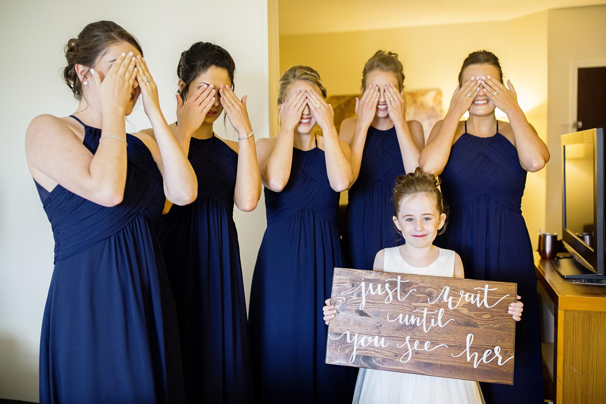 Seriously_Sabrina_Photography_Lexington_Kentucky_Round_Barn_Red_Mile_Stable_of_Memories_Wedding_Hart_22.jpg
