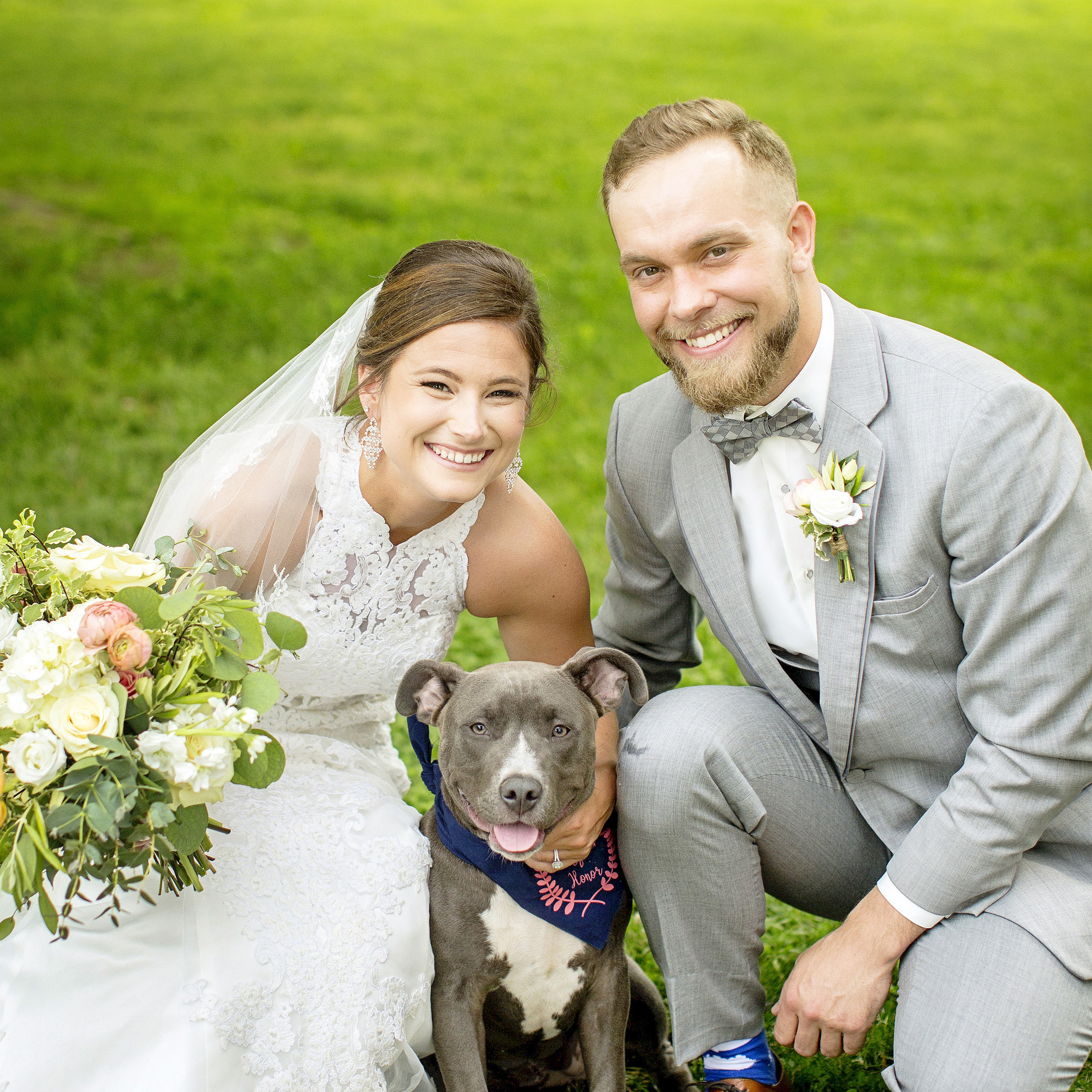 Seriously_Sabrina_Photography_Lexington_Kentucky_Round_Barn_Red_Mile_Stable_of_Memories_Wedding_Hart_57.jpg