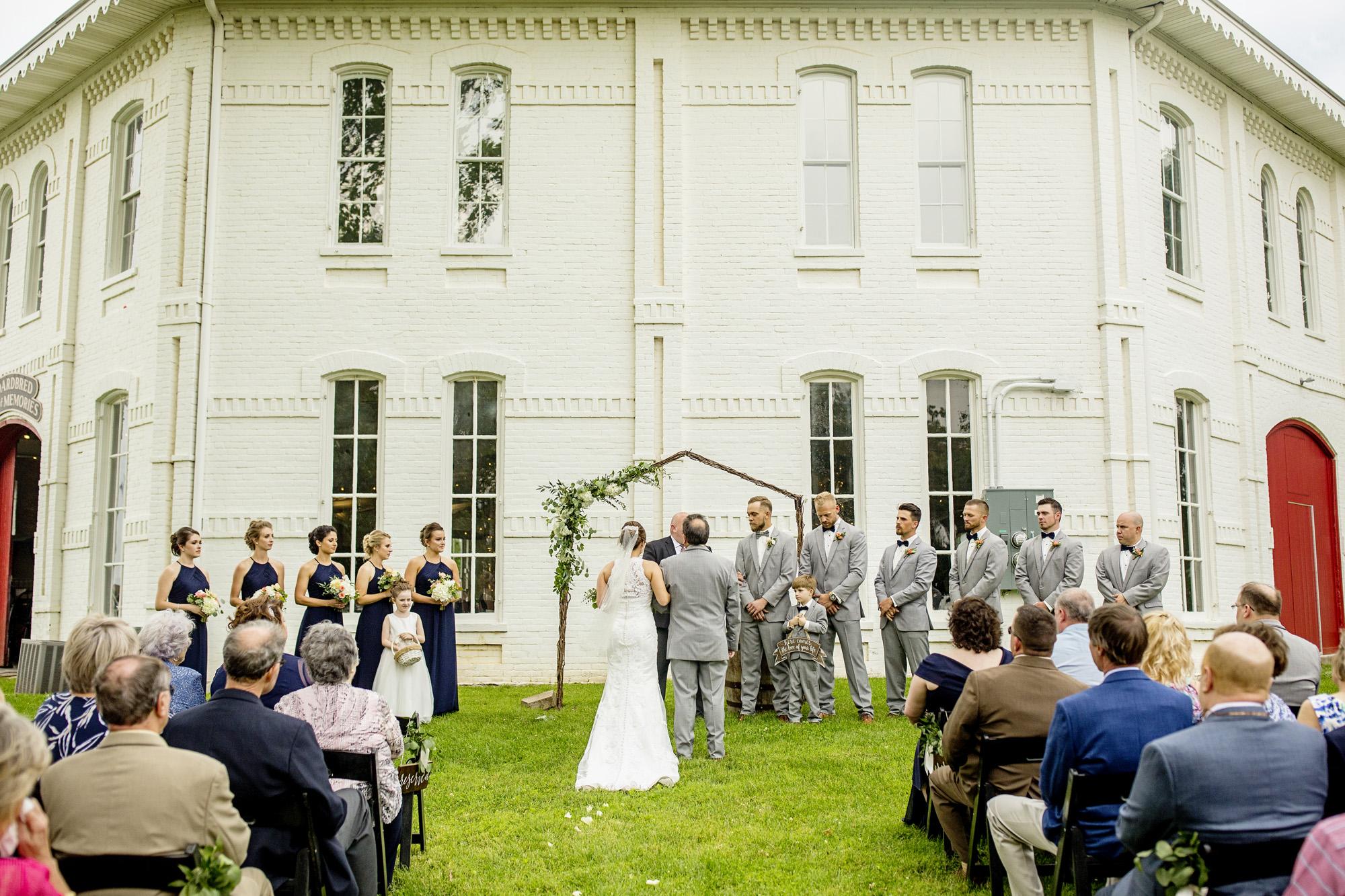 Seriously_Sabrina_Photography_Lexington_Kentucky_Round_Barn_Red_Mile_Stable_of_Memories_Wedding_Hart_67.jpg