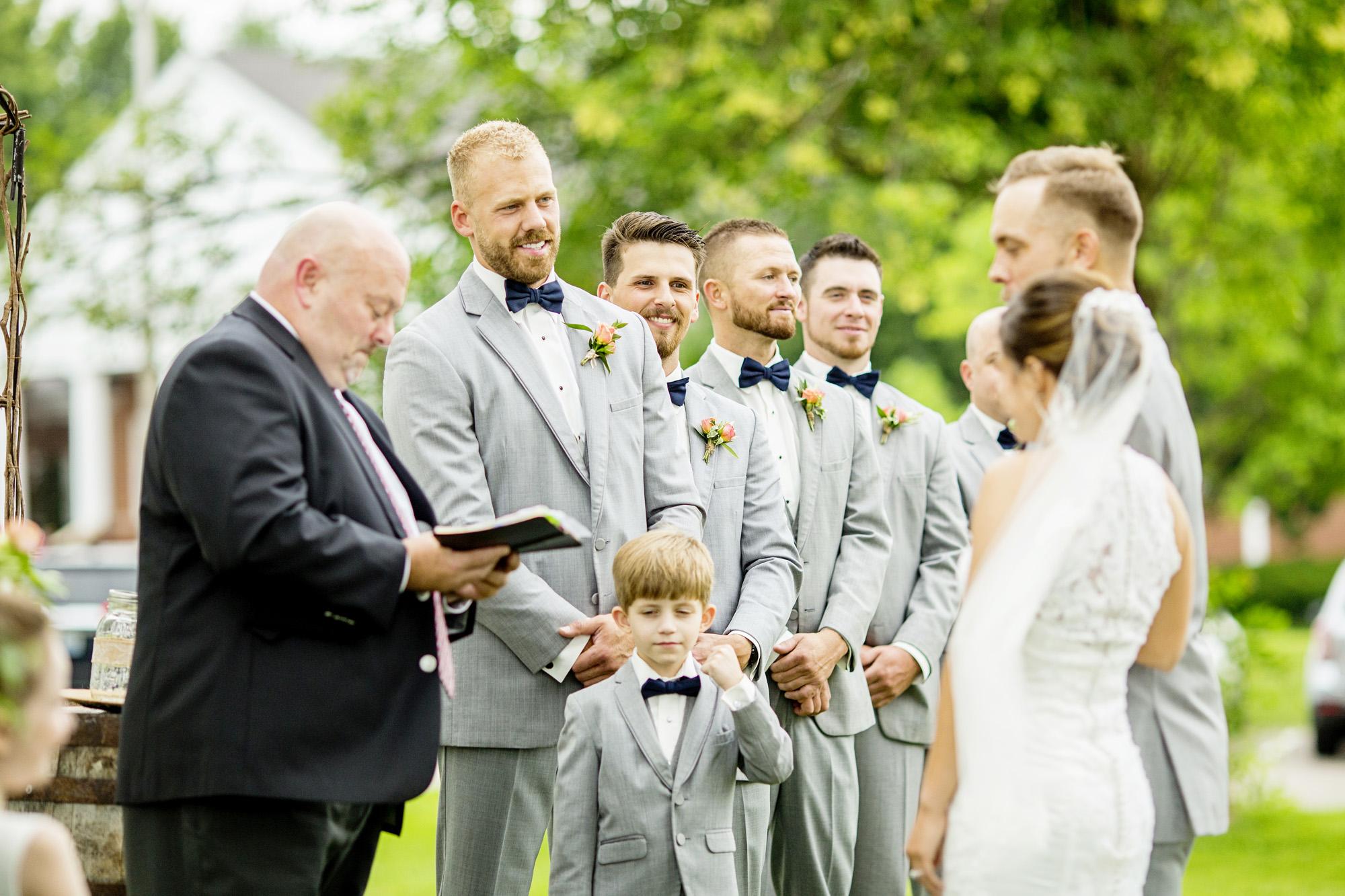 Seriously_Sabrina_Photography_Lexington_Kentucky_Round_Barn_Red_Mile_Stable_of_Memories_Wedding_Hart_72.jpg