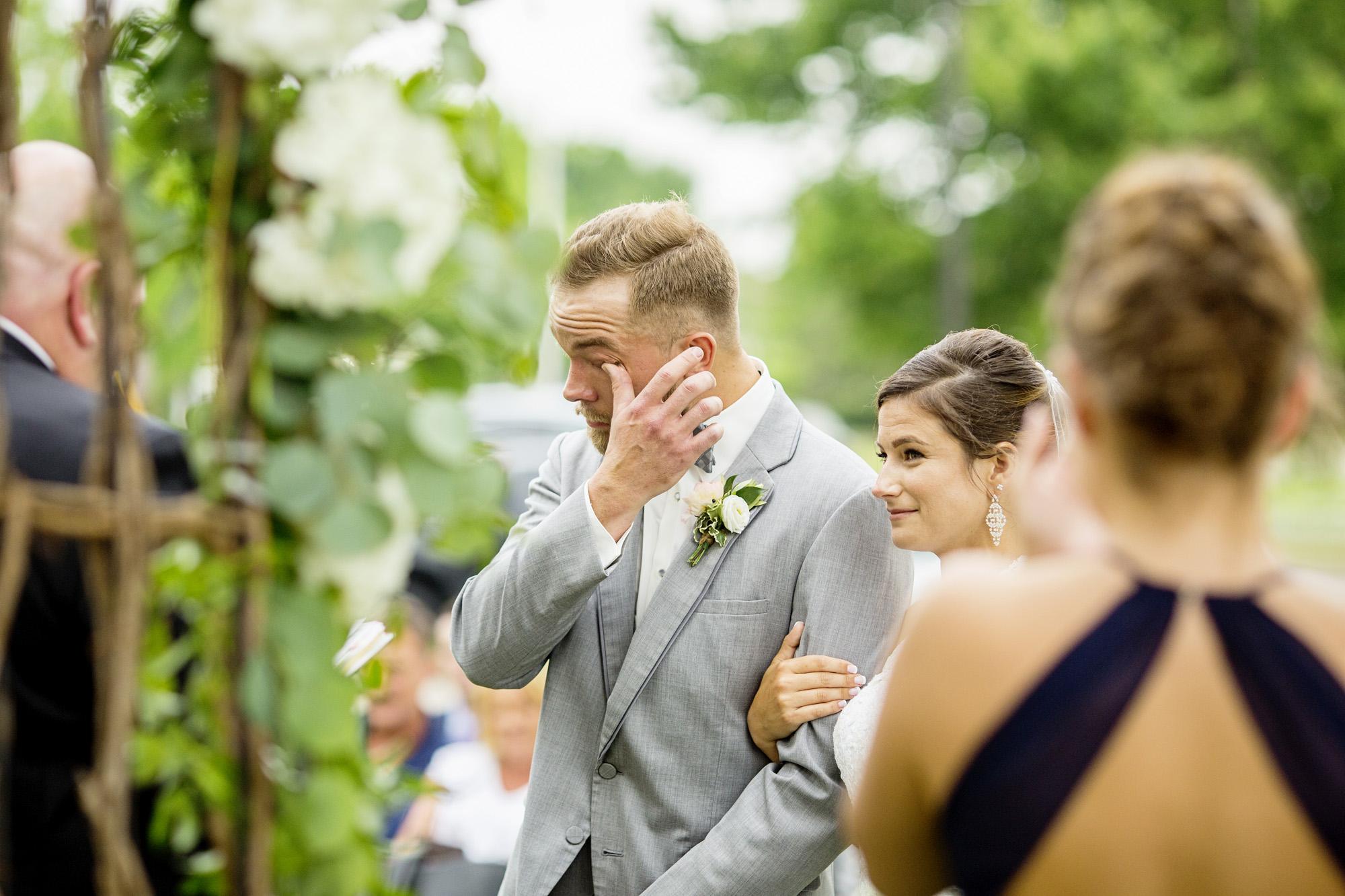 Seriously_Sabrina_Photography_Lexington_Kentucky_Round_Barn_Red_Mile_Stable_of_Memories_Wedding_Hart_73.jpg