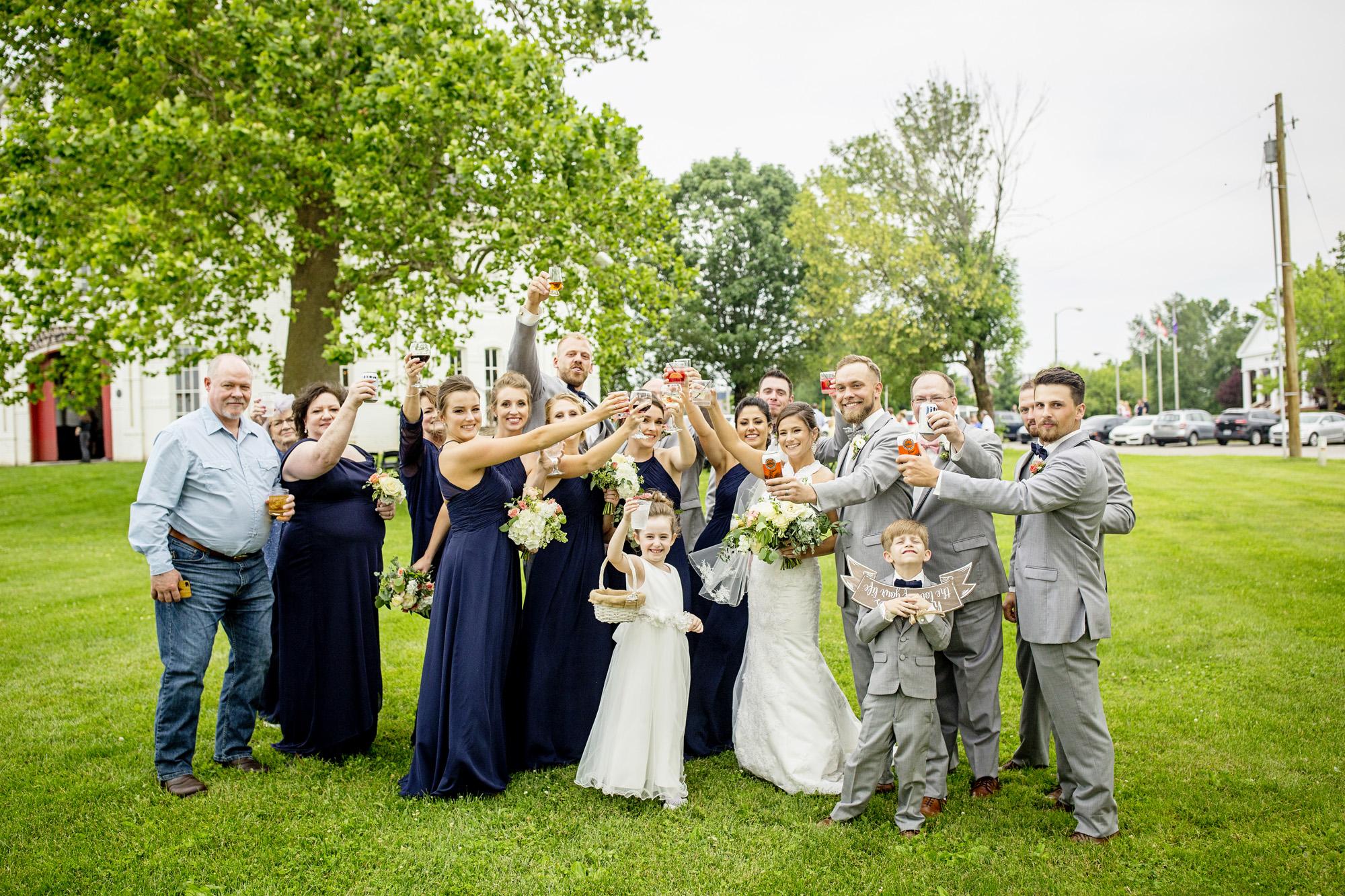 Seriously_Sabrina_Photography_Lexington_Kentucky_Round_Barn_Red_Mile_Stable_of_Memories_Wedding_Hart_79.jpg