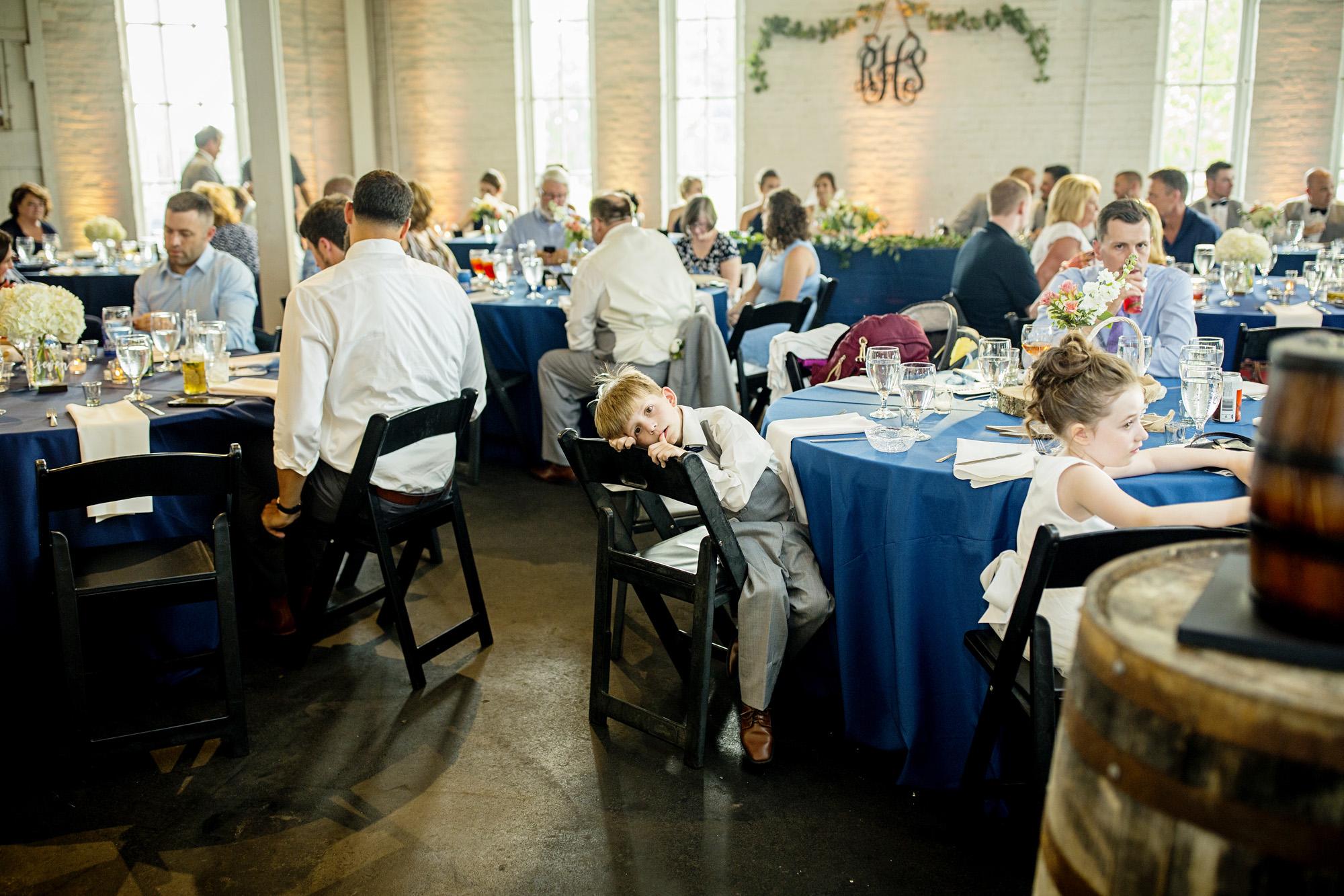 Seriously_Sabrina_Photography_Lexington_Kentucky_Round_Barn_Red_Mile_Stable_of_Memories_Wedding_Hart_107.jpg
