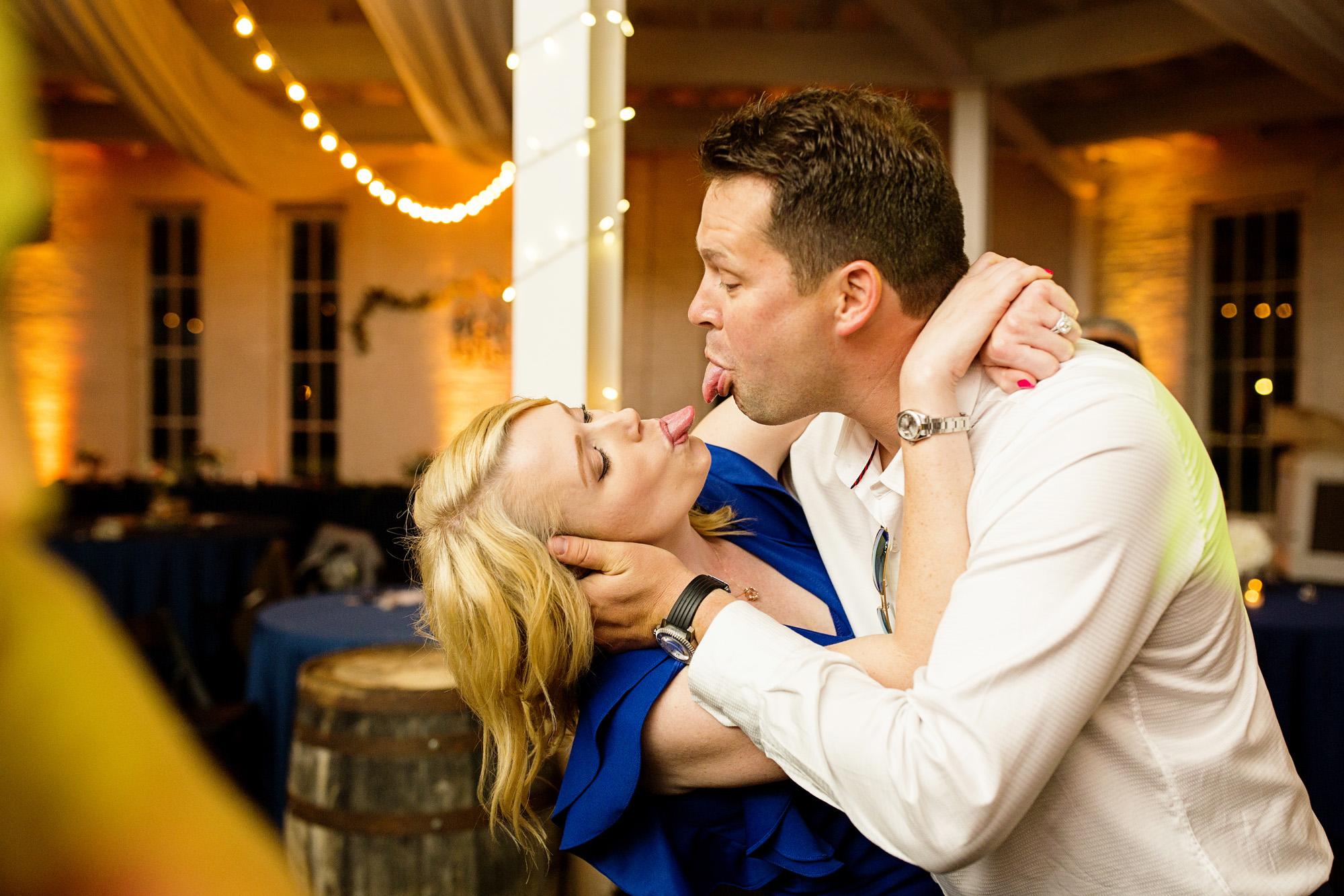 Seriously_Sabrina_Photography_Lexington_Kentucky_Round_Barn_Red_Mile_Stable_of_Memories_Wedding_Hart_135.jpg