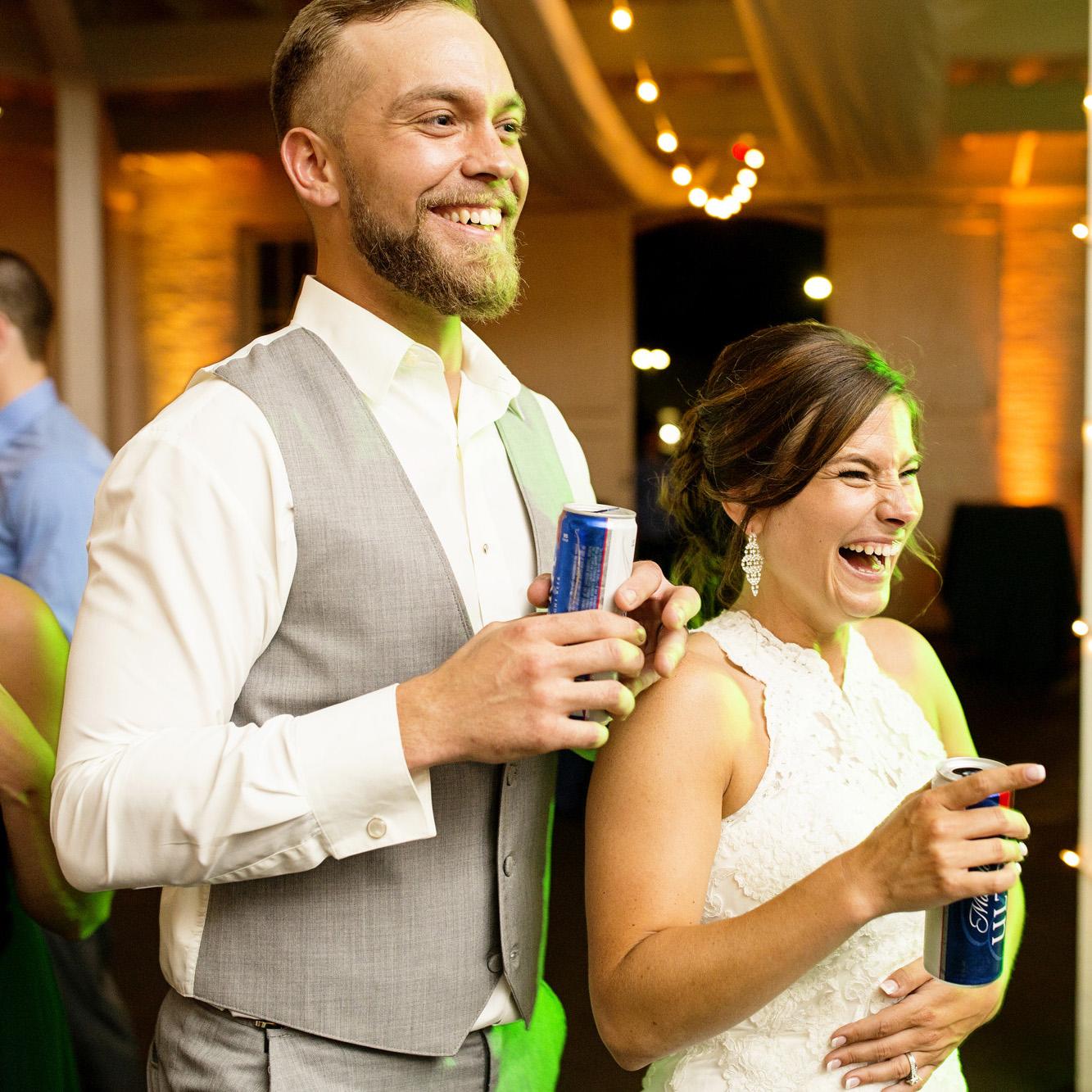 Seriously_Sabrina_Photography_Lexington_Kentucky_Round_Barn_Red_Mile_Stable_of_Memories_Wedding_Hart_139.jpg